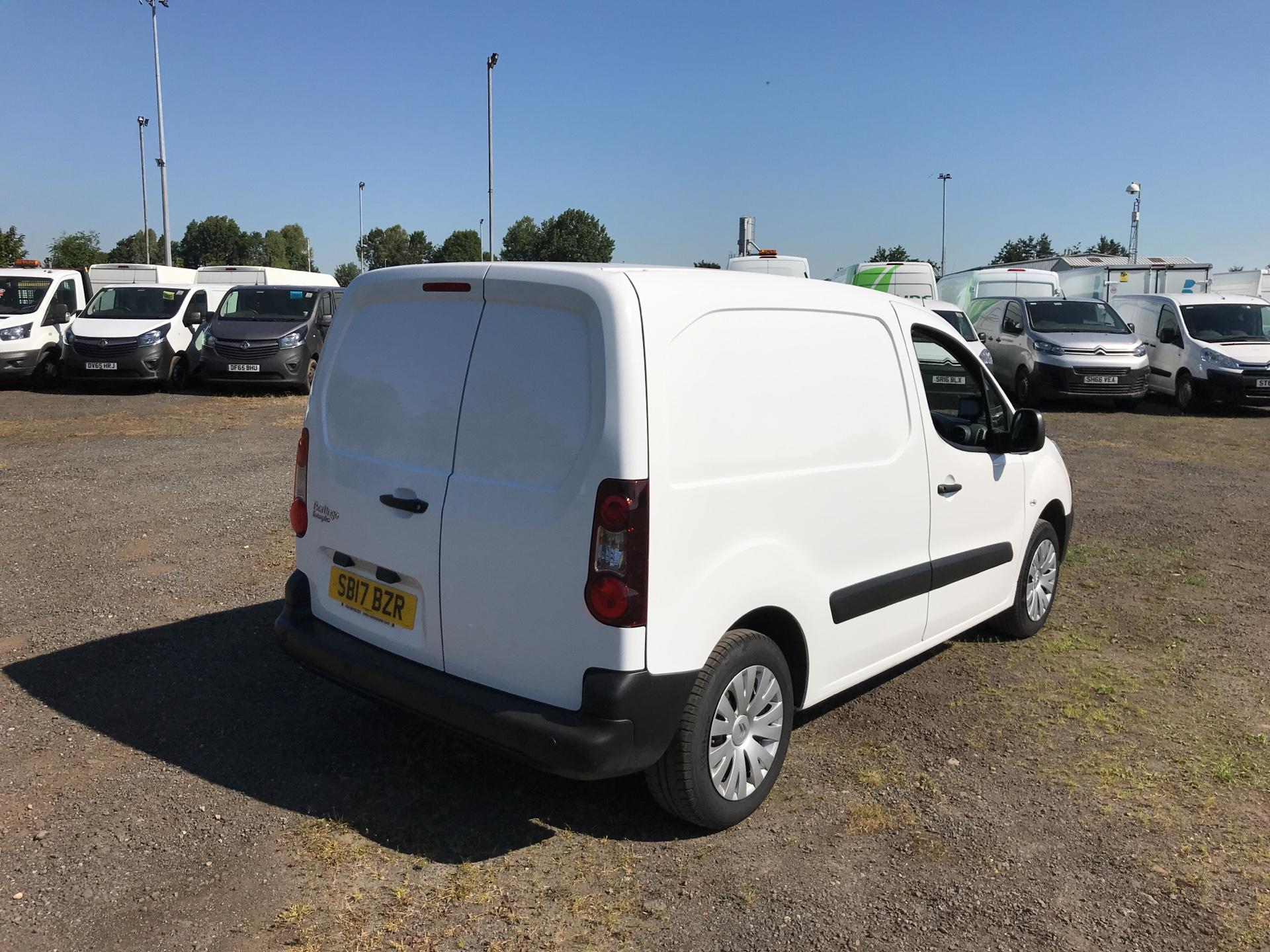 2017 Citroen Berlingo L1 1.6 Bluehdi 625Kg Enterprise 75Ps EURO 4/5 (SB17BZR) Image 3