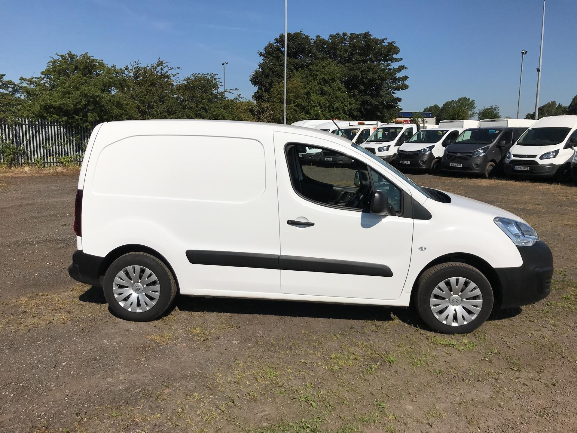 2017 Citroen Berlingo L1 1.6 Bluehdi 625Kg Enterprise 75Ps EURO 4/5 (SB17BZR) Image 2