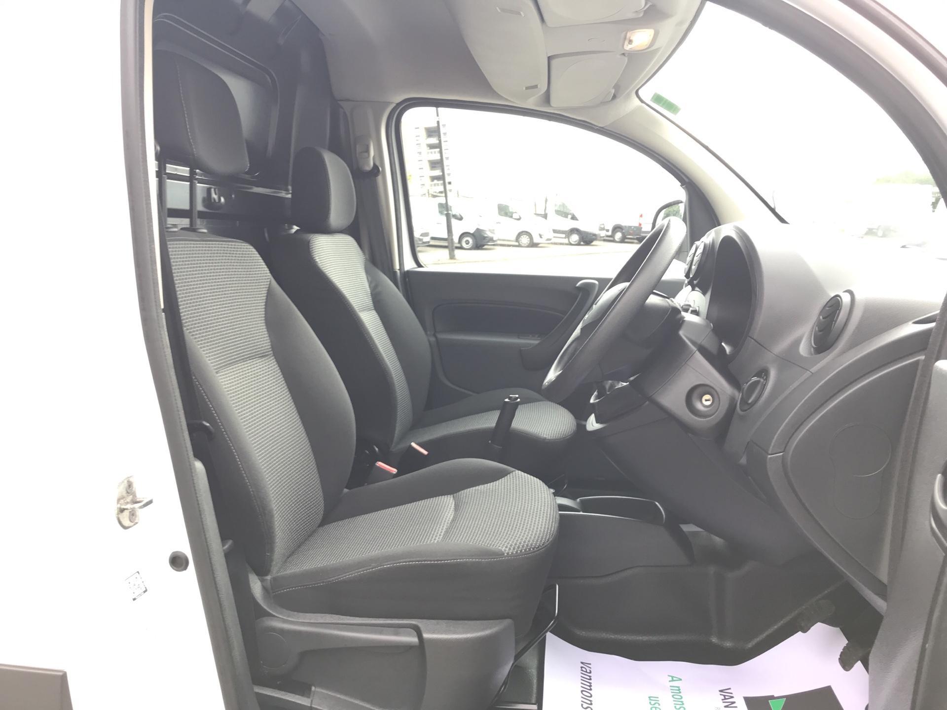 2017 Mercedes-Benz Citan  LWB 109 CDI VAN EURO 5/6 (SB17TKV) Image 9