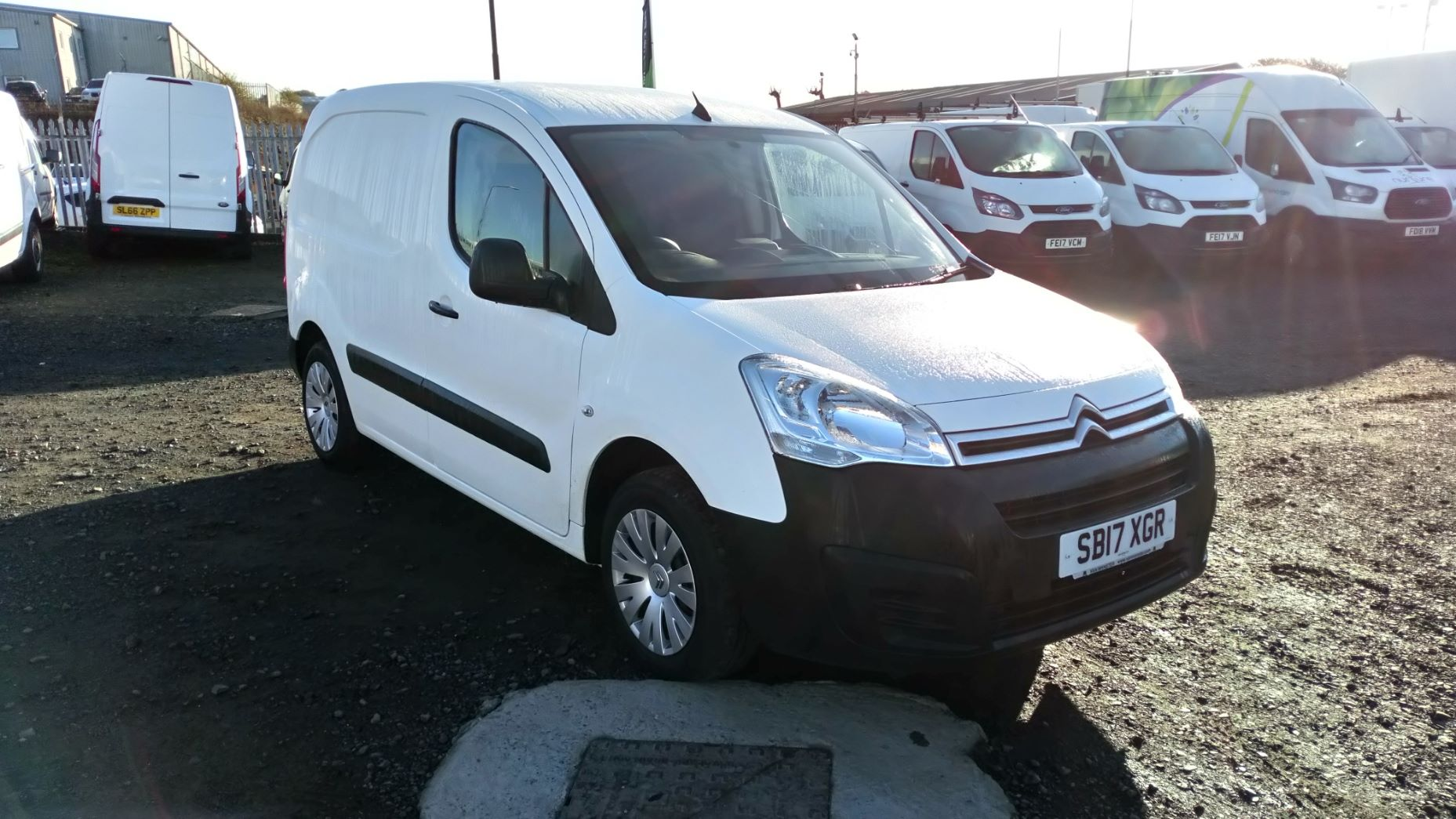 2017 Citroen Berlingo 1.6 Bluehdi 625Kg Enterprise 75Ps (SB17XGR)