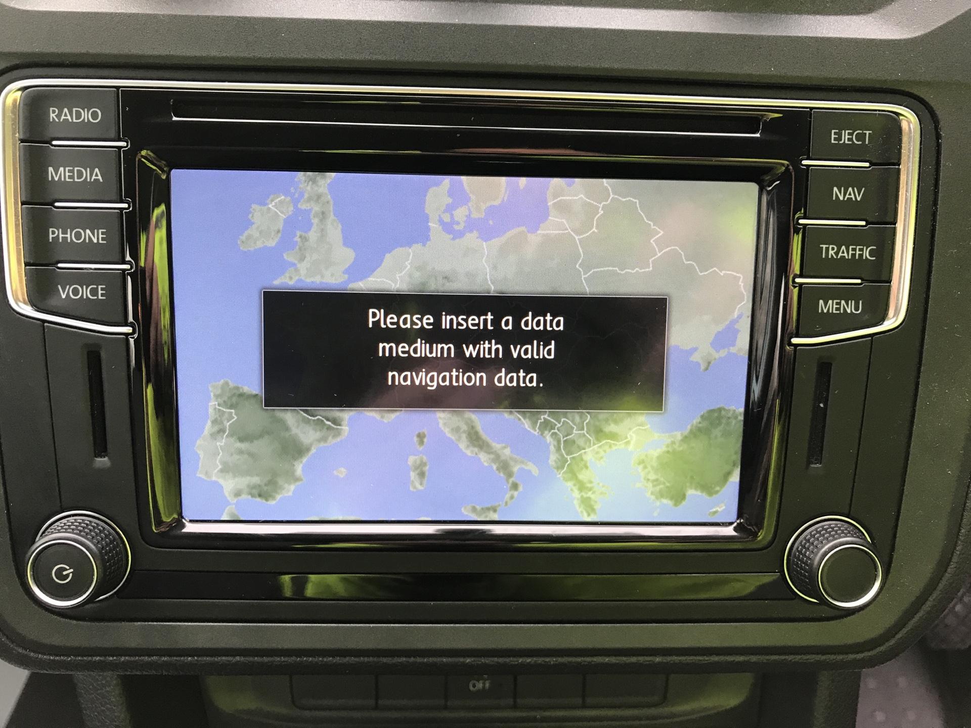 2017 Volkswagen Caddy Maxi 2.0 TDI 102PS KOMBI EURO 6 **SAT NAV** (SB17XNA) Image 19