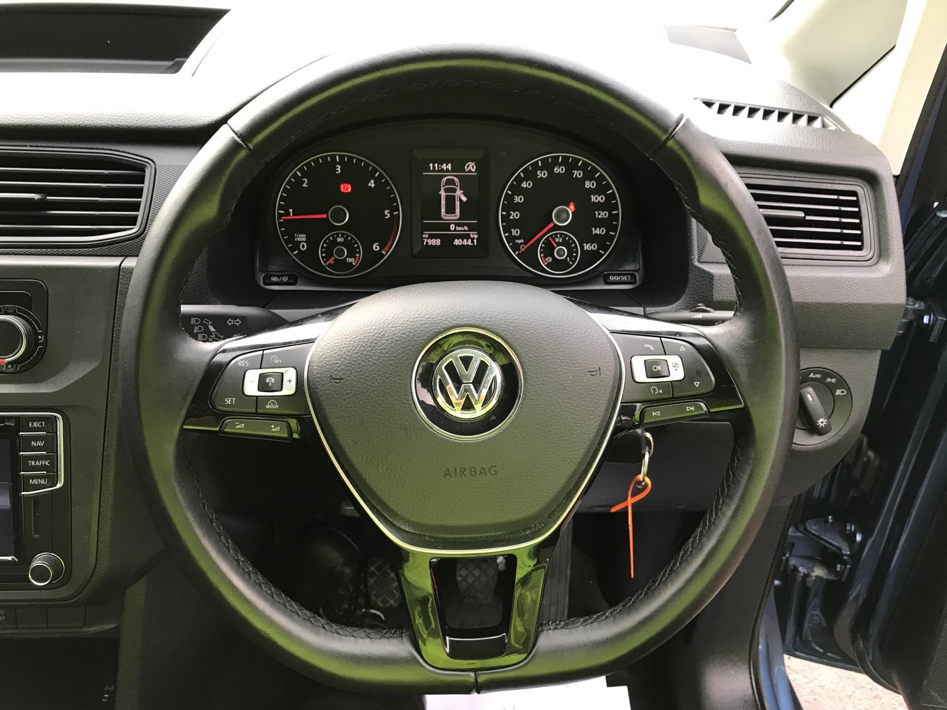 2017 Volkswagen Caddy Maxi 2.0 TDI 102PS KOMBI EURO 6 **SAT NAV** (SB17XNA) Image 12