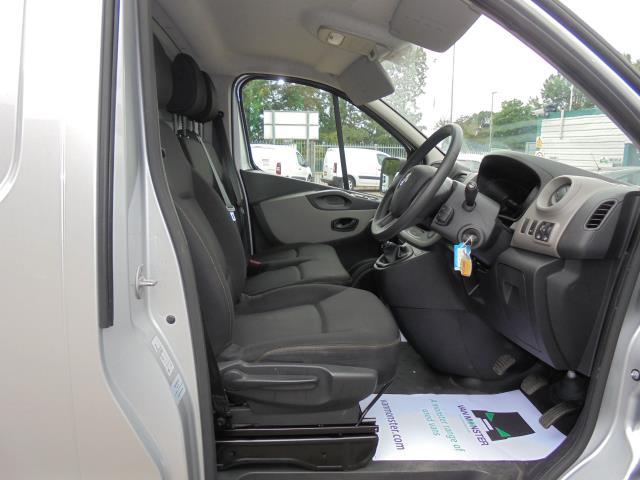 2016 Renault Trafic Sl27 Energy Dci 125 Business Van (SB66BUH) Image 9