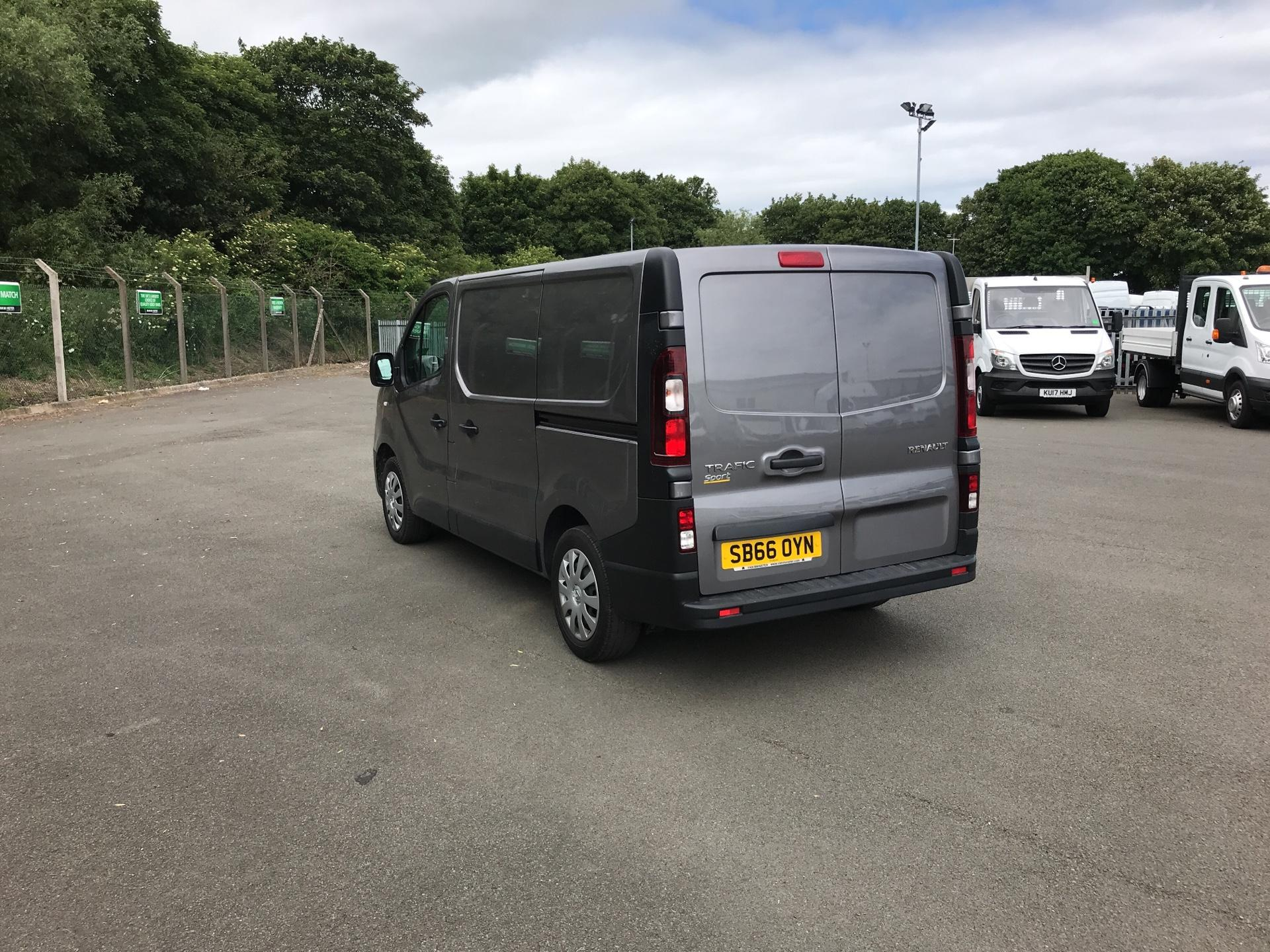 2016 Renault Trafic SL27 BUSINESS DCI 120PS (SB66OYN) Image 5