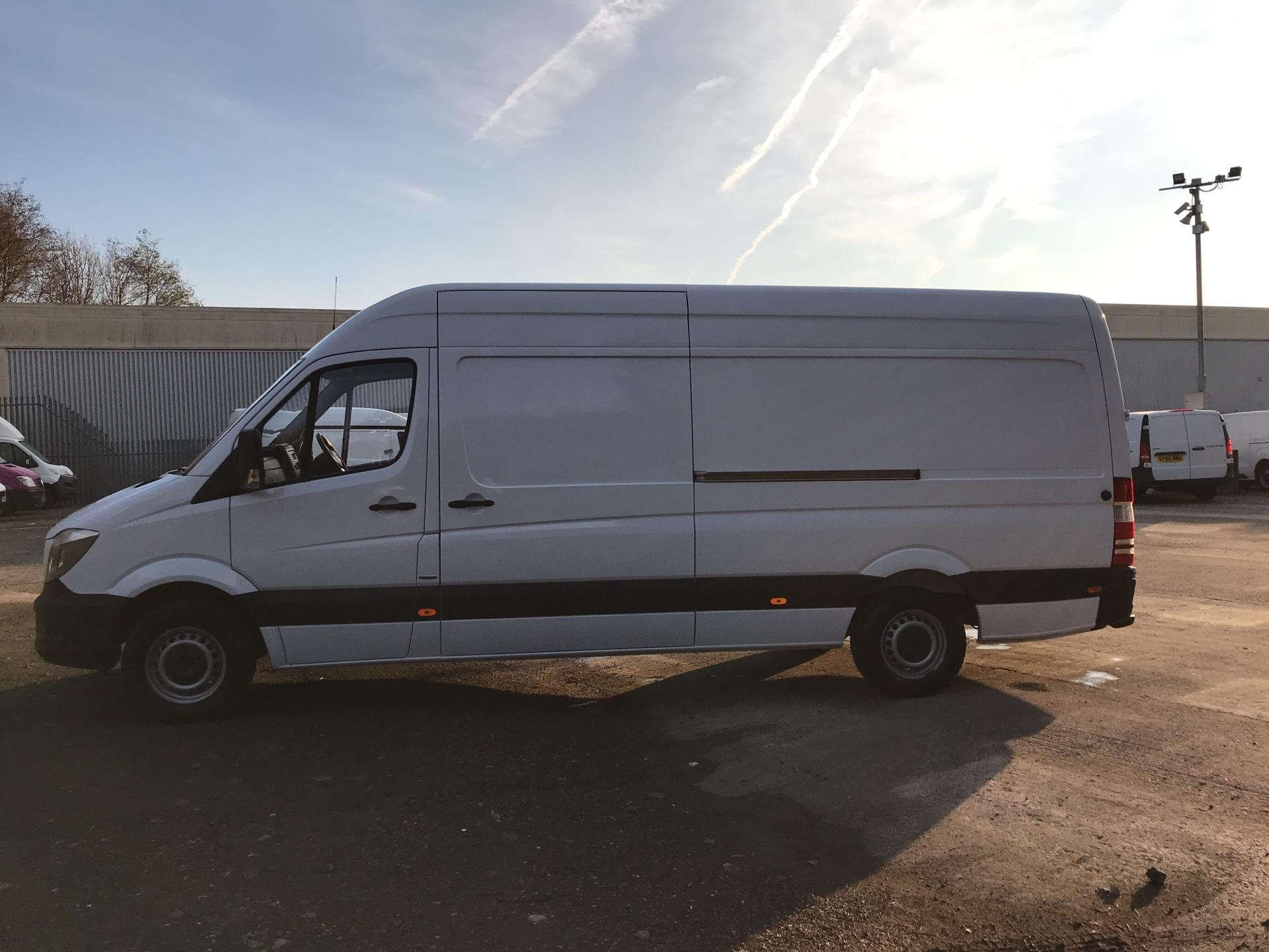 2016 Mercedes-Benz Sprinter 314 CDI LWB HIGH ROOF VAN EURO 6 (SB66YJR) Thumbnail 6