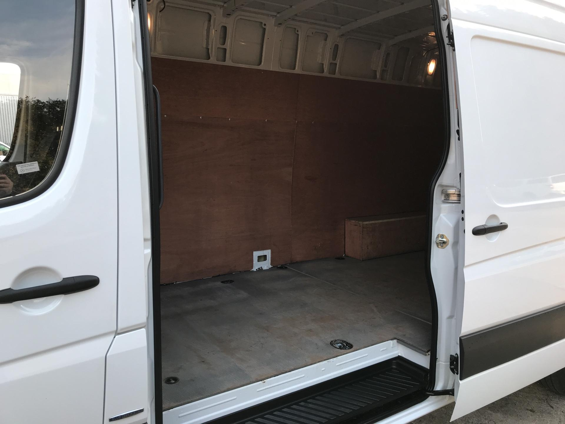2016 Mercedes-Benz Sprinter 314 CDI LWB HIGH ROOF VAN EURO 6 (SB66YJR) Image 18