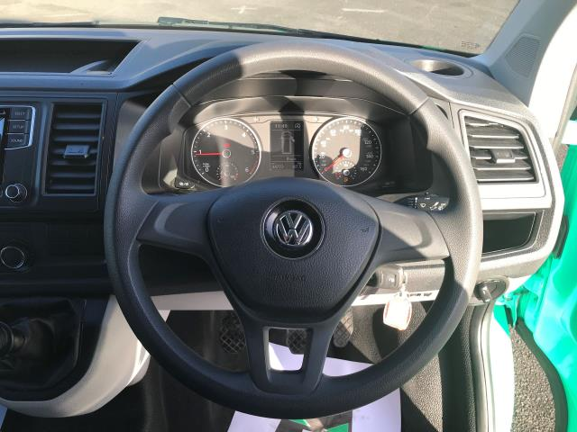2017 Volkswagen Transporter  T28 LWB DIESEL 2.0 TDI 84PS STARTLINE EURO 6 (SB67GTZ) Image 6