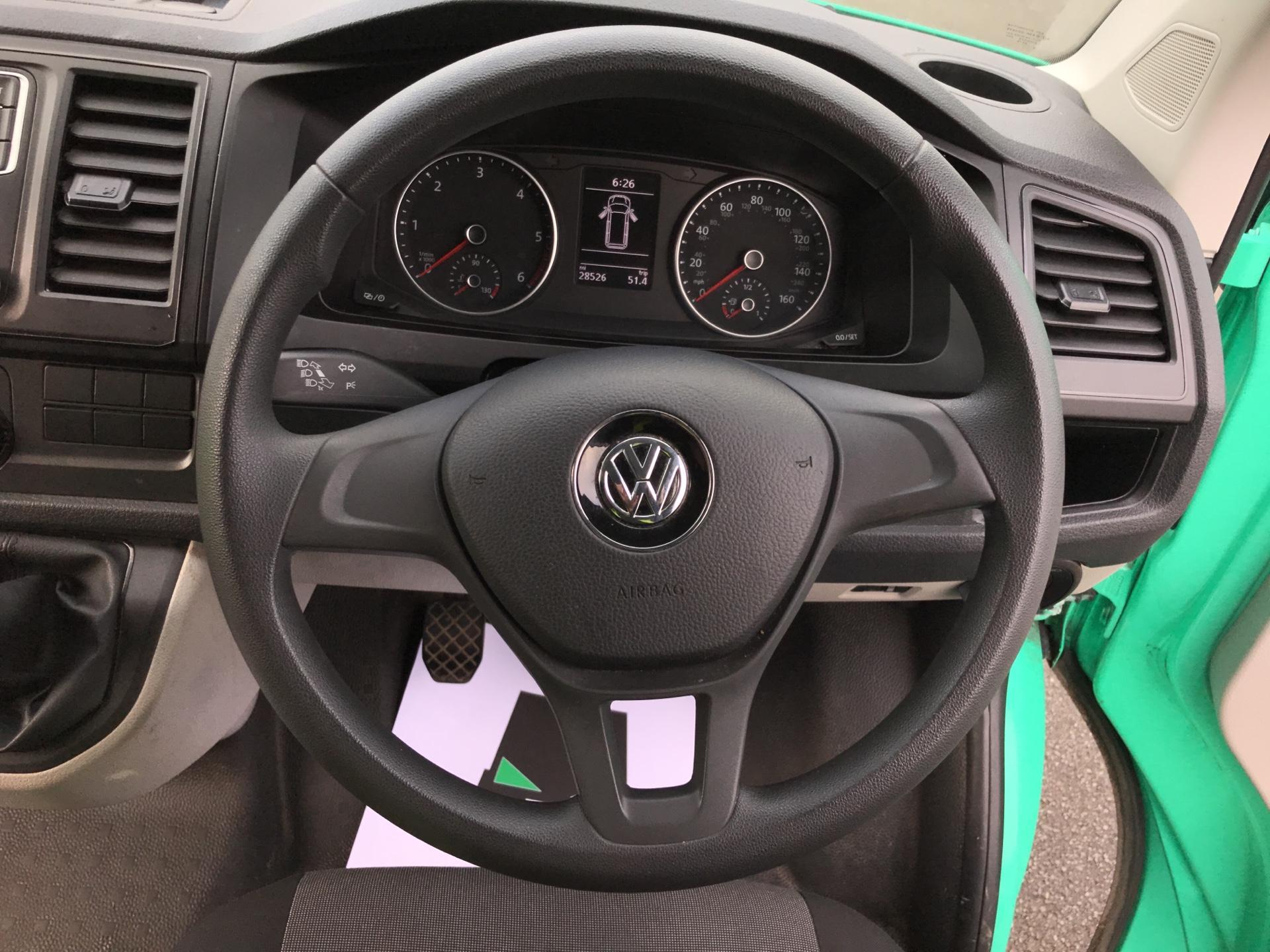 2017 Volkswagen Transporter  T28 LWB DIESEL 2.0 TDI BMT 84 STARTLINE VAN EURO 6  (SB67GUK) Image 12