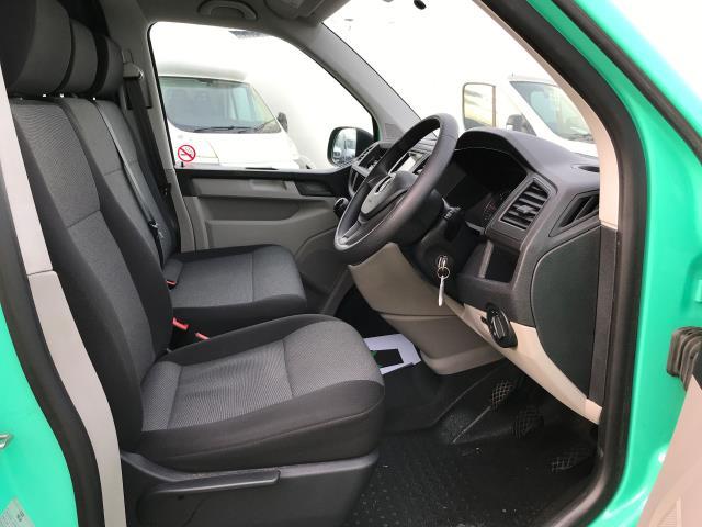 2017 Volkswagen Transporter T28 LWB DIESEL 2.0TDI BMT 84PS STARTLINE VAN EURO 6, AIR CON (SB67NLX) Image 2