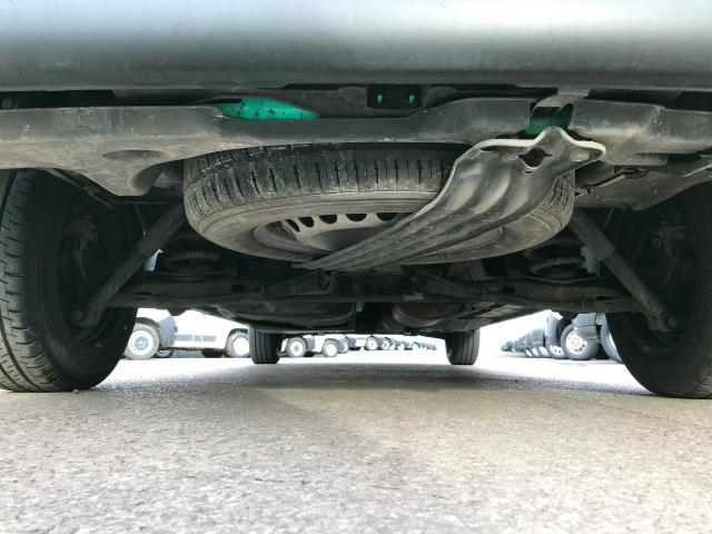 2017 Volkswagen Transporter T28 LWB DIESEL 2.0TDI BMT 84PS STARTLINE VAN EURO 6, AIR CON (SB67NLX) Image 19