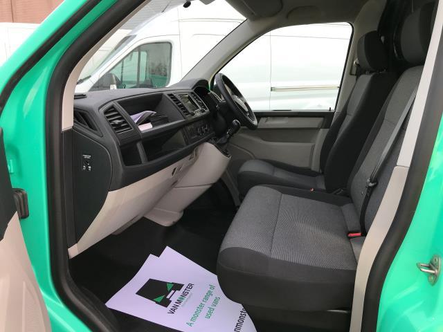 2017 Volkswagen Transporter T28 LWB DIESEL 2.0TDI BMT 84PS STARTLINE VAN EURO 6, AIR CON (SB67NLX) Image 11