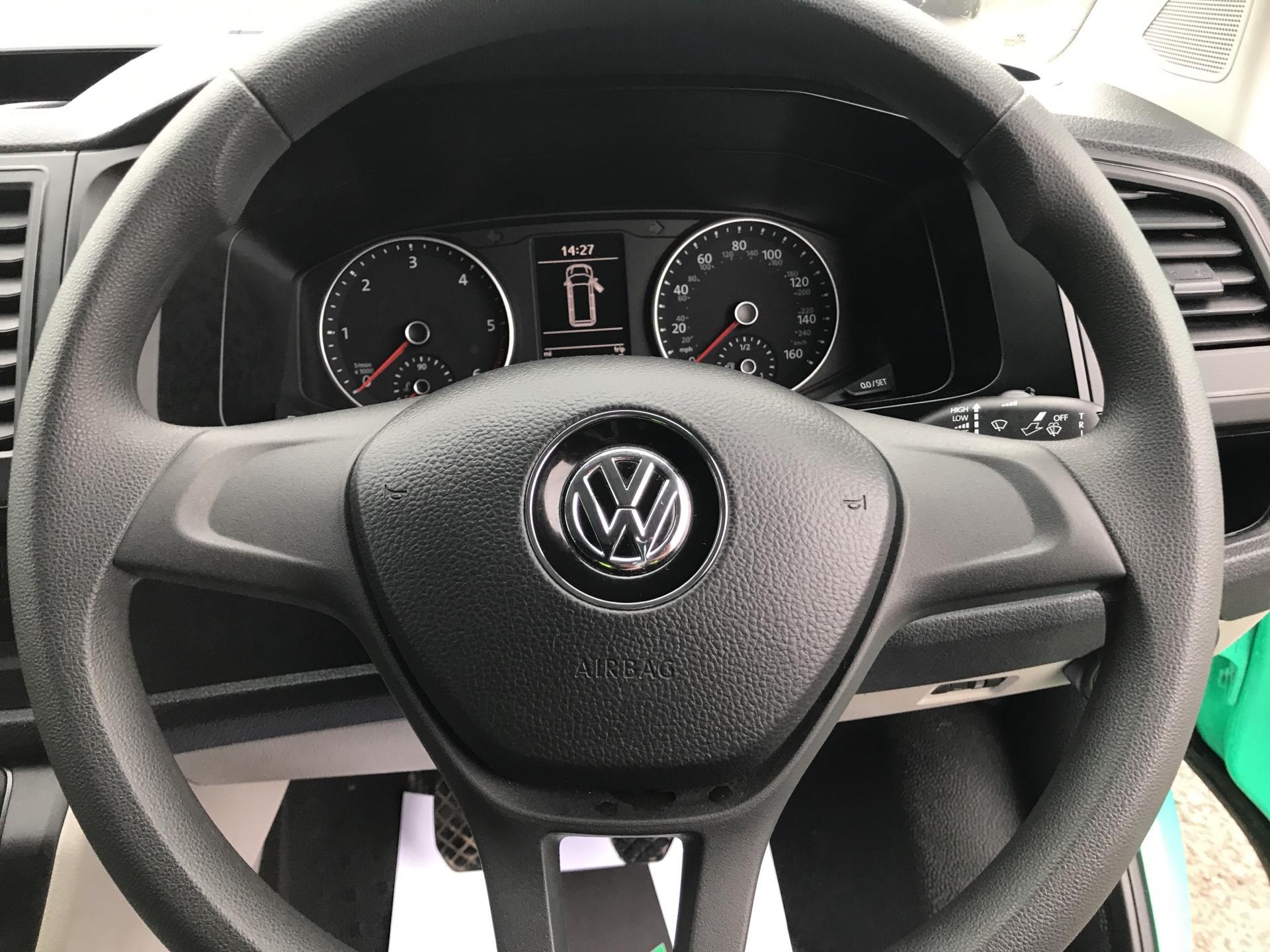 2017 Volkswagen Transporter 2.0 Tdi Bmt 84 Startline Van Euro 6 (SB67NMF) Image 12
