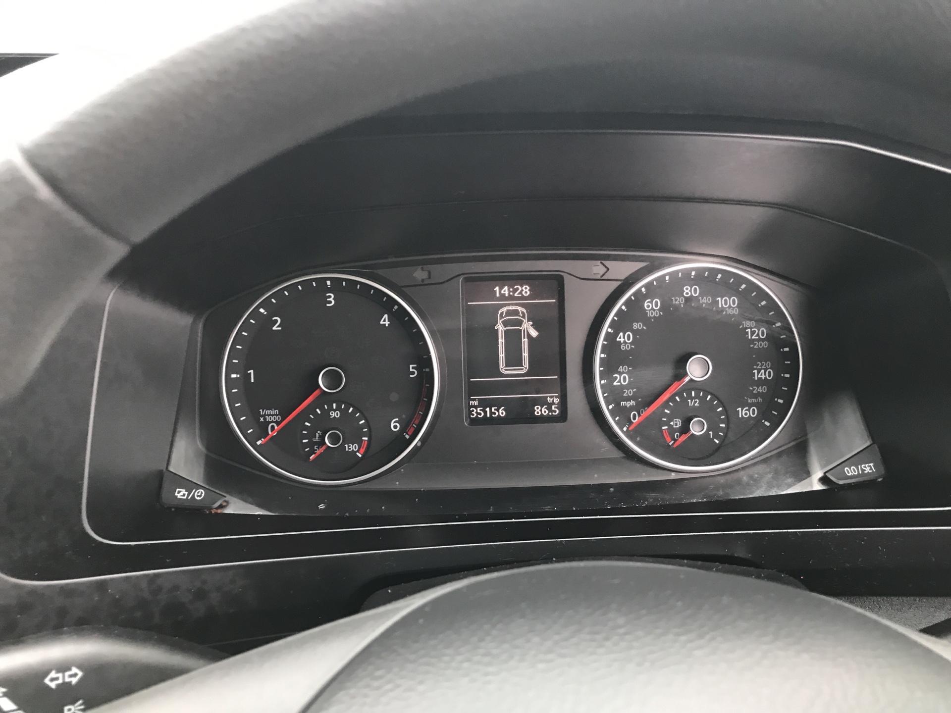2017 Volkswagen Transporter 2.0 Tdi Bmt 84 Startline Van Euro 6 (SB67NMF) Image 13
