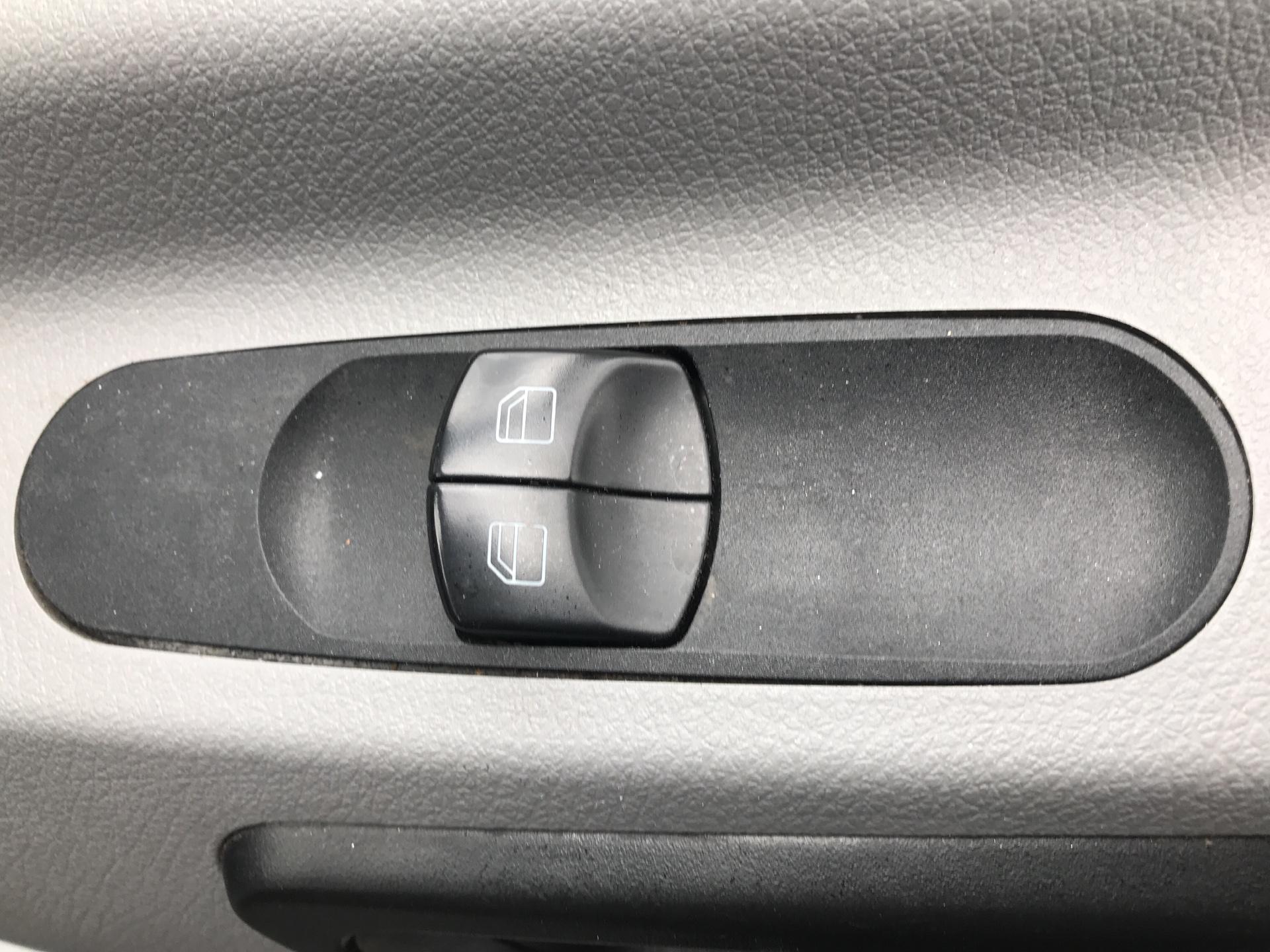 2018 Mercedes-Benz Sprinter 314 LWB LUTON EURO 6 (SB67VNX) Image 15