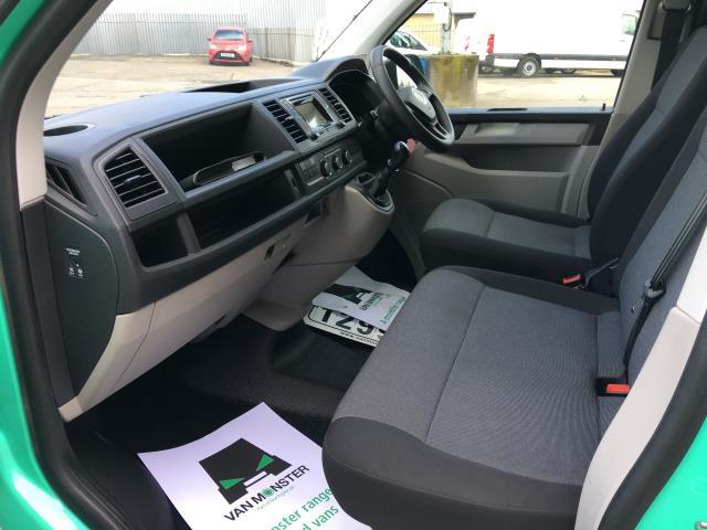 2018 Volkswagen Transporter T28 LWB DIESEL 2.0 TDI BMT 84PS STARTLINE VAN EURO 6 (SB67WZK) Image 14