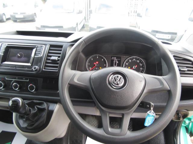 2018 Volkswagen Transporter T28 LWB DIESEL 2.0 TDI BMT 84 STARTLINE VAN EURO 6*Speed Limited to 80mph* (SB67WZM) Image 15