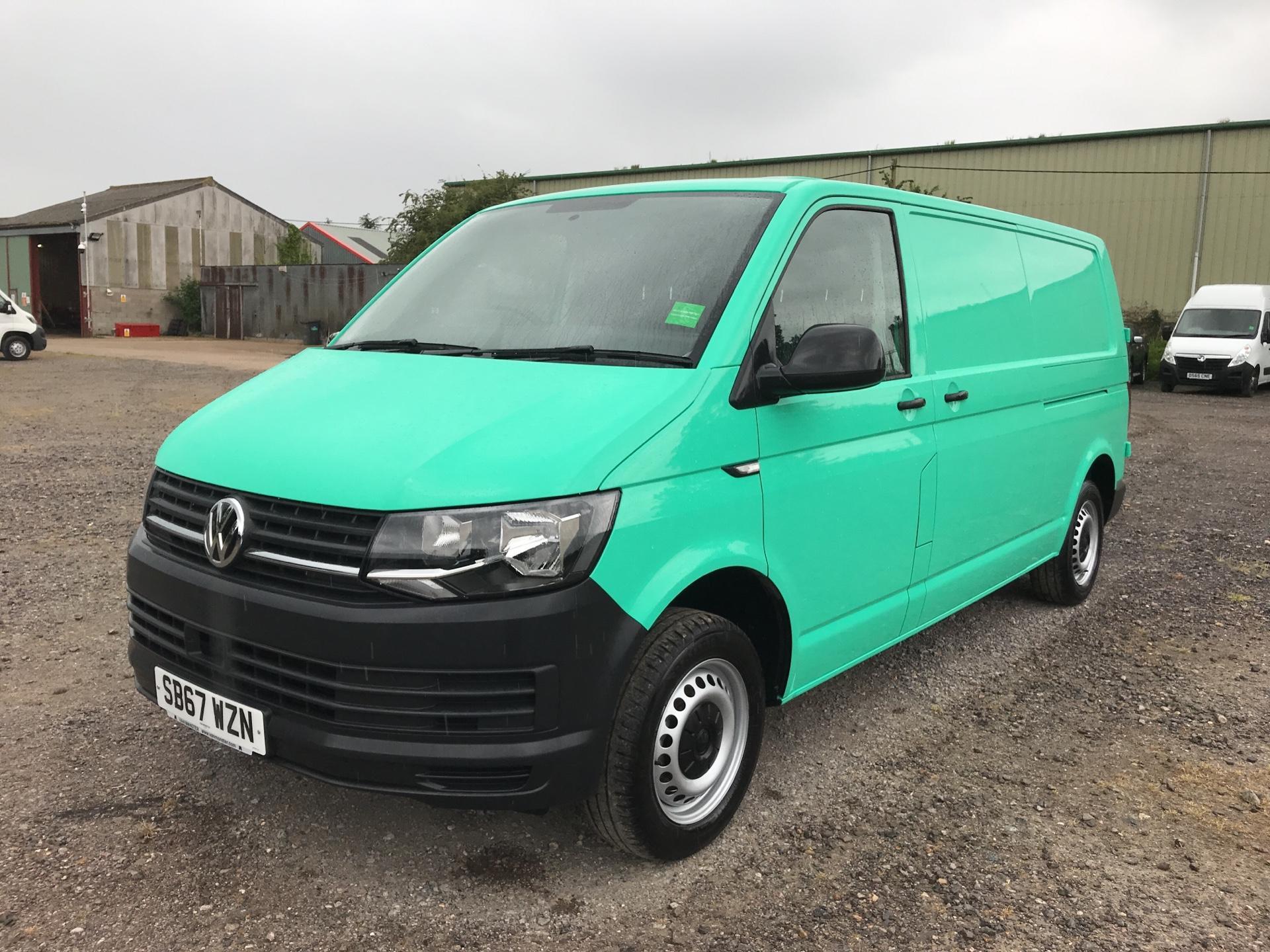 2018 Volkswagen Transporter 2.0TDI BMT 84PS STARTLINE EURO 6 AIR CON   (SB67WZN) Image 3