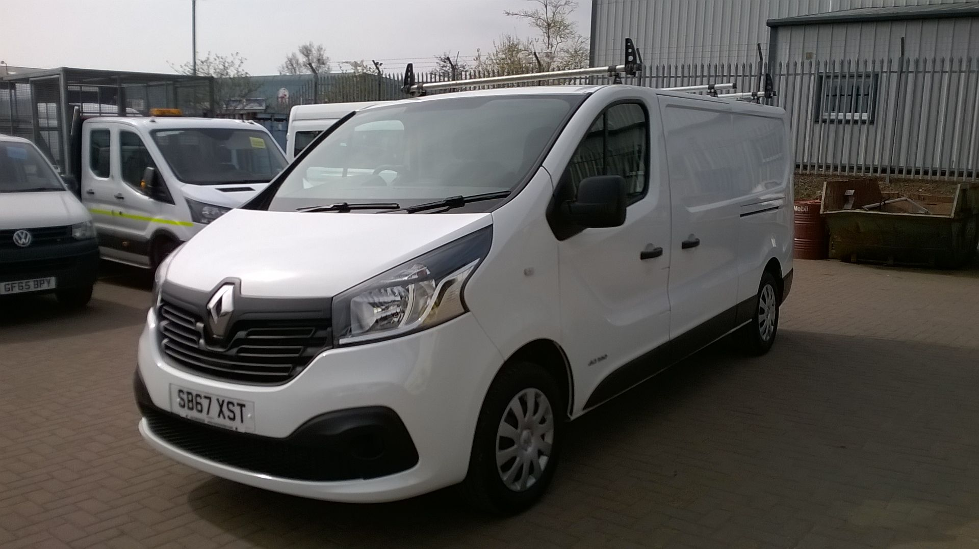 2018 Renault Trafic LL29 DCI 120 BUSINESS+ L2 H1 EURO 6 (SB67XST) Image 3
