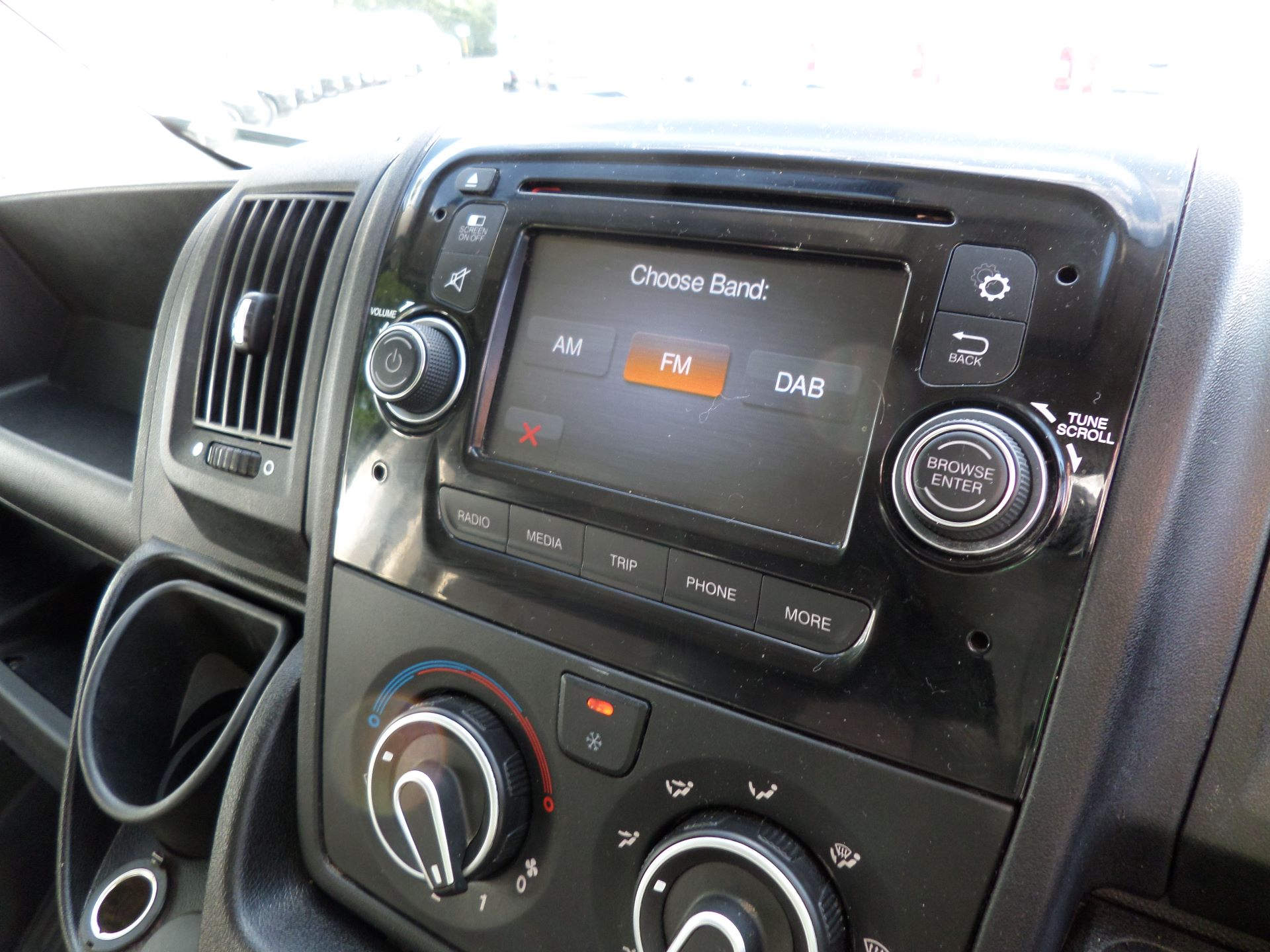2016 Citroen Relay 2.2 Hdi H3 Van 130Ps Enterprise Euro 5 (SC16WJL) Image 24