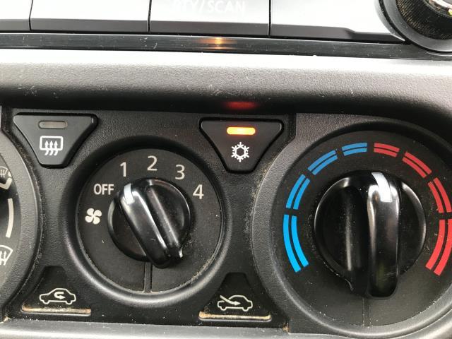 2017 Mitsubishi L200 DOUBLE CAB DI-D 151PS 4LIFE EURO 6 (SC17NYM) Image 10