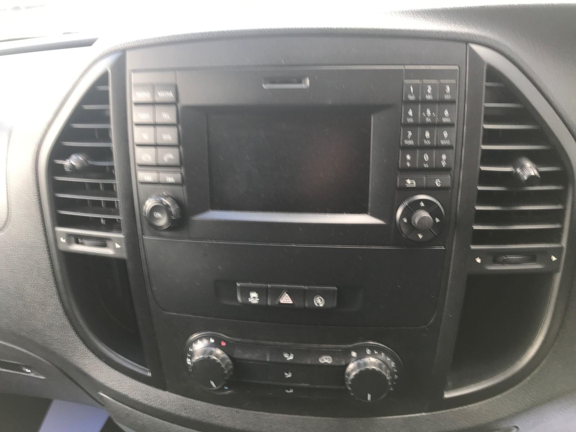 2016 Mercedes-Benz Vito 114CDI LWB BLUETEC 140PS EURO 6 (SD66GLJ) Image 21