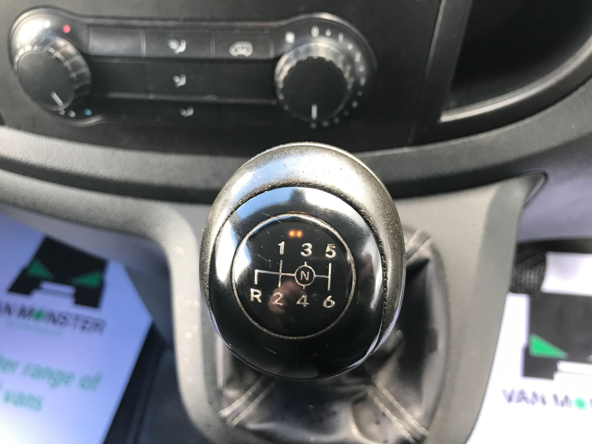 2016 Mercedes-Benz Vito 114CDI LWB BLUETEC 140PS EURO 6 (SD66GLJ) Image 22