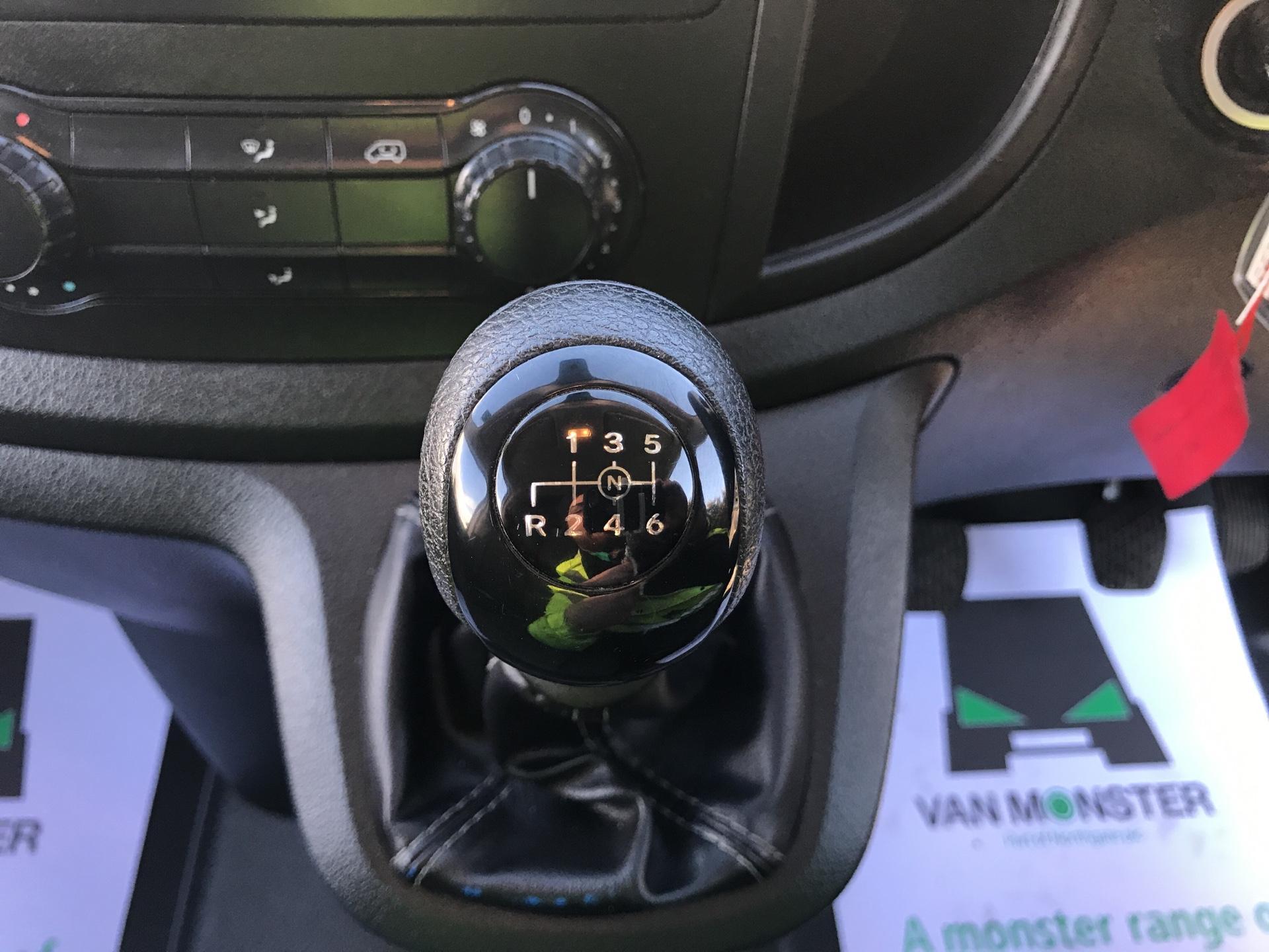 2016 Mercedes-Benz Vito 114CDI BLUETEC EURO 6 (SD66GMF) Image 11