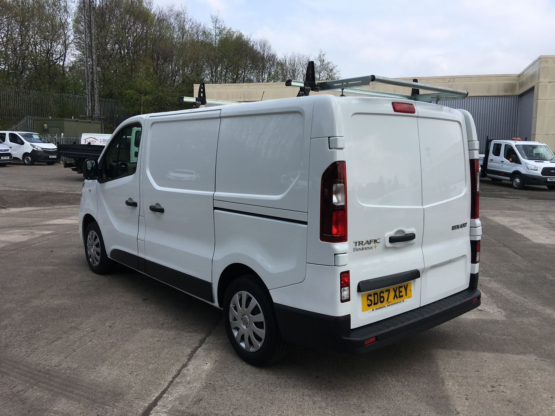 2017 Renault Trafic SL27 DCI 120PS BUSINESS+ VAN EURO 6 (SD67XEY) Image 12