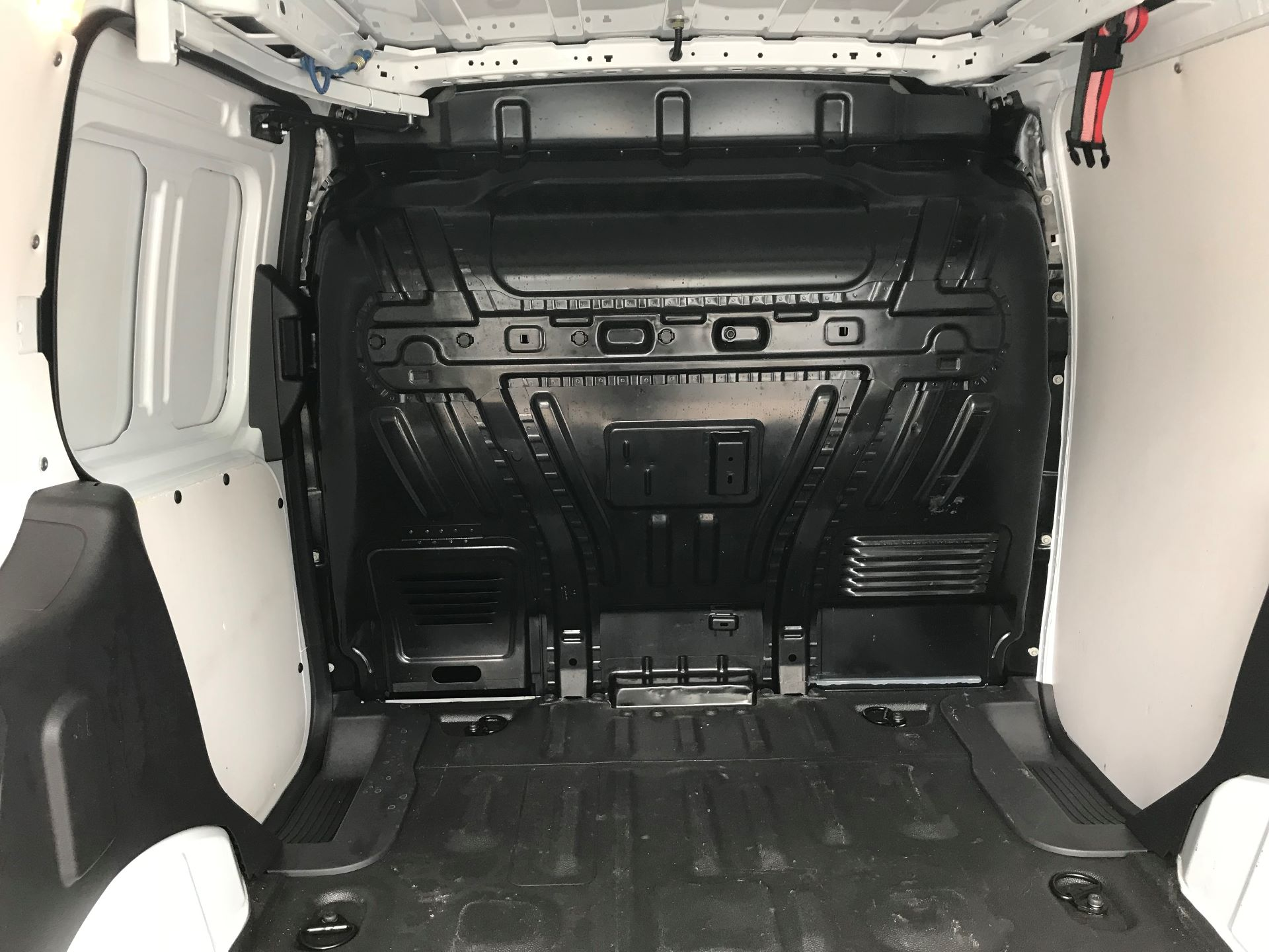 2017 Ford Transit Connect 1.0 100Ps Trend Van euro 6  (SE17XZT) Image 10