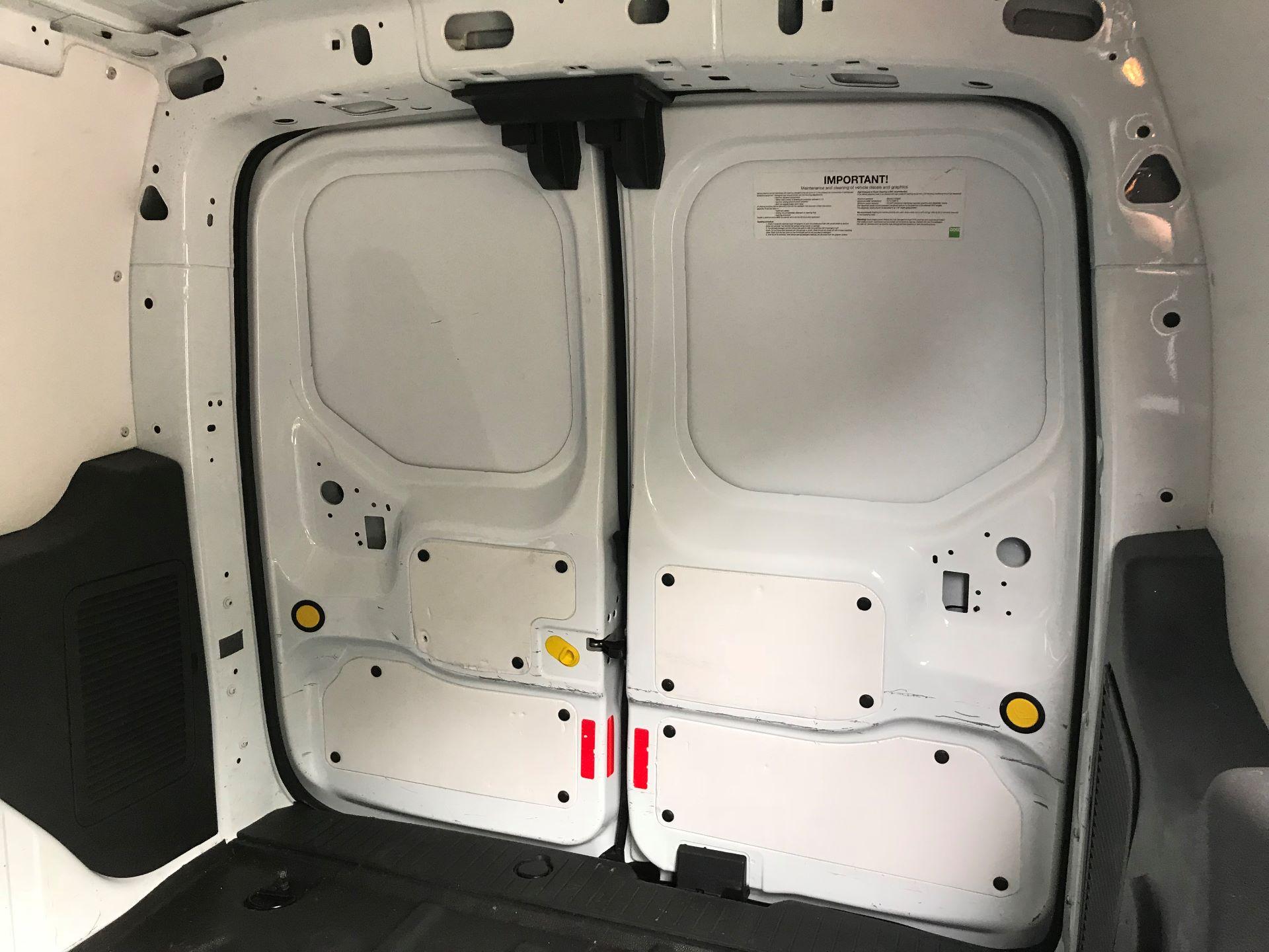 2017 Ford Transit Connect 1.0 100Ps Trend Van euro 6  (SE17XZT) Image 14