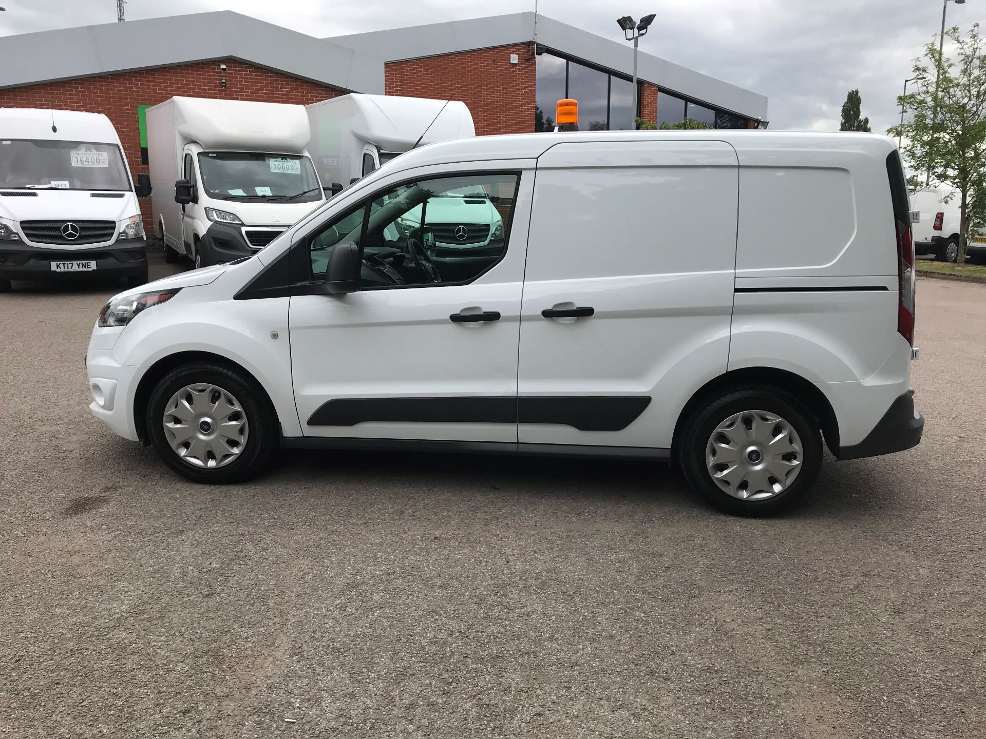 2017 Ford Transit Connect 1.0 100Ps Trend Van euro 6 (SE17YAG) Image 13