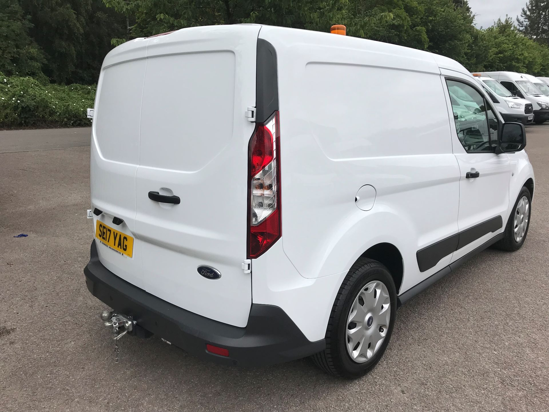 2017 Ford Transit Connect 1.0 100Ps Trend Van euro 6 (SE17YAG) Image 8