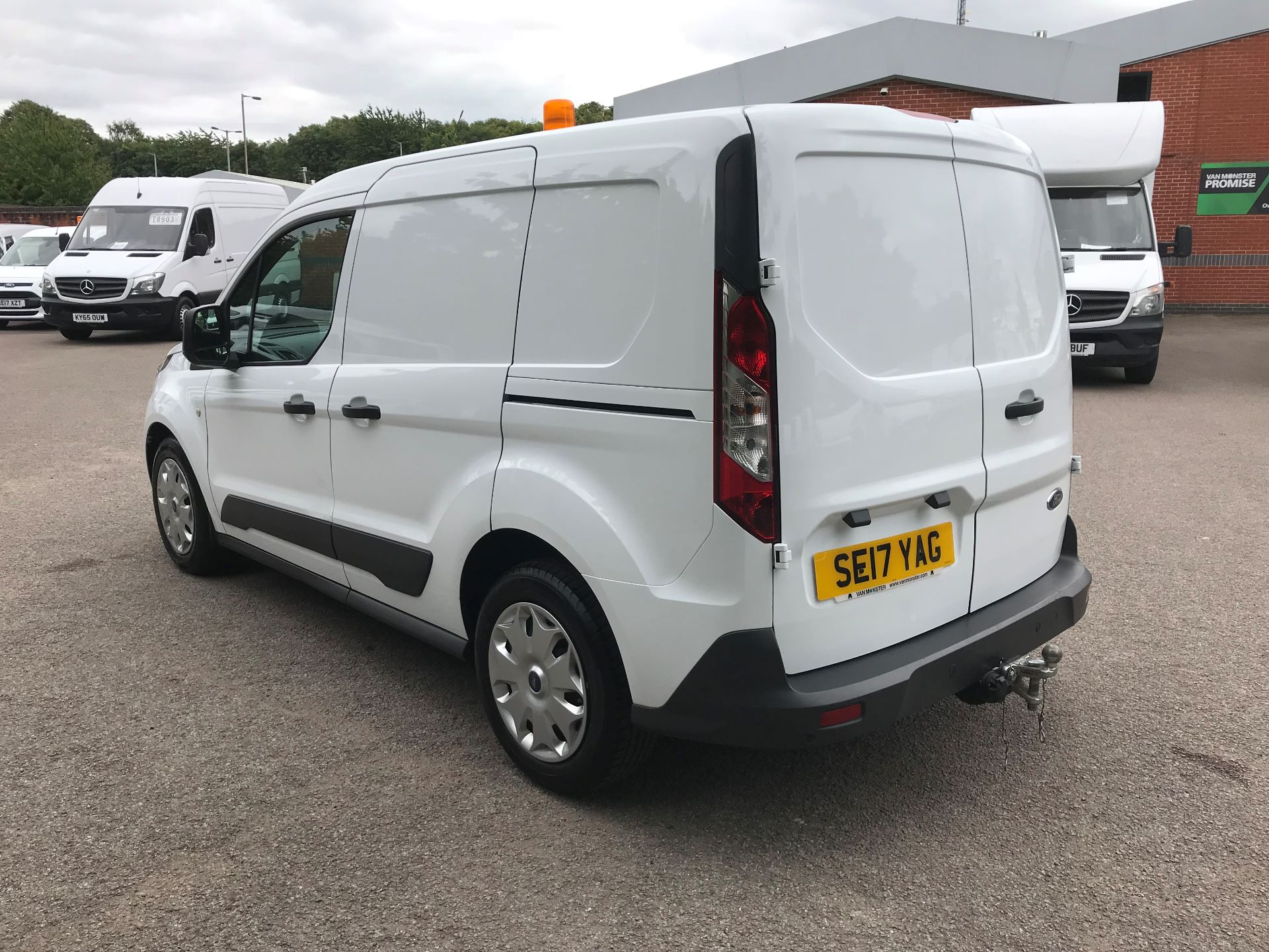 2017 Ford Transit Connect 1.0 100Ps Trend Van euro 6 (SE17YAG) Image 12