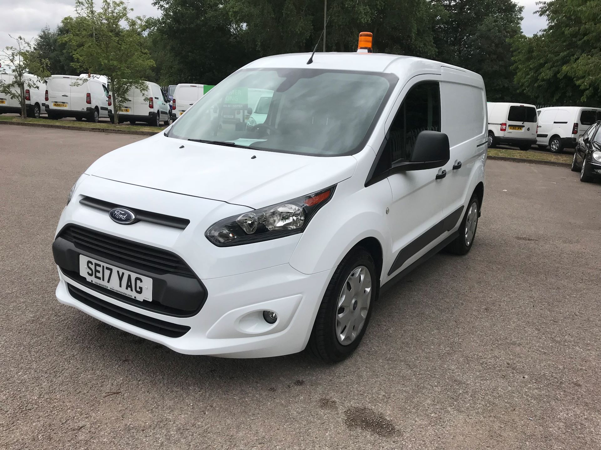 2017 Ford Transit Connect 1.0 100Ps Trend Van euro 6 (SE17YAG) Image 17