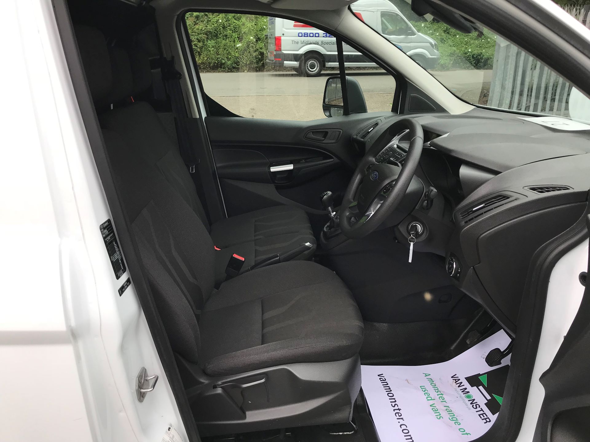 2017 Ford Transit Connect 1.0 100Ps Trend Van euro 6 (SE17YAG) Image 2