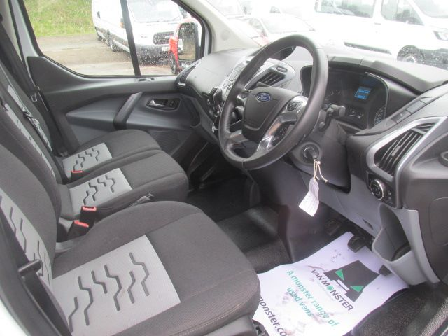 2016 Ford Transit Custom 270 L1 H1 2.2 Tdci 125Ps Limited Van (SF16WZZ) Image 9