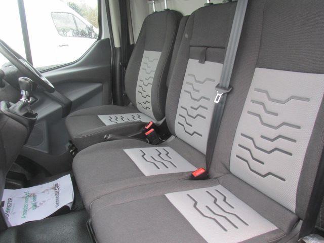 2016 Ford Transit Custom 270 L1 H1 2.2 Tdci 125Ps Limited Van (SF16WZZ) Image 21