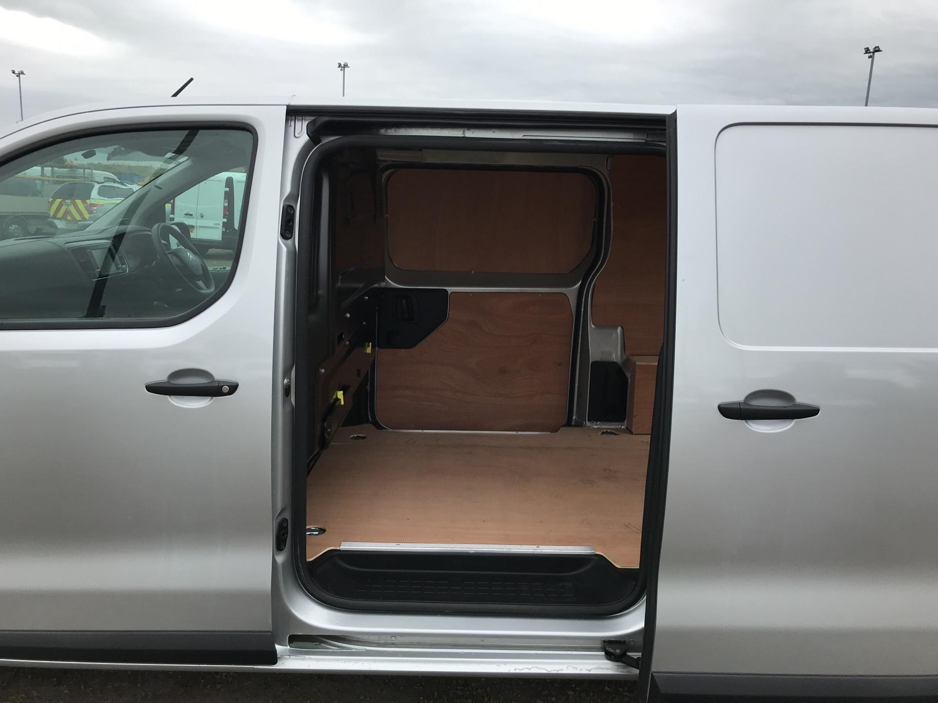 2017 Citroen Dispatch 1400 2.0 BLUE HDI ENTERPRISE 120 VAN (SF17XRT) Image 19