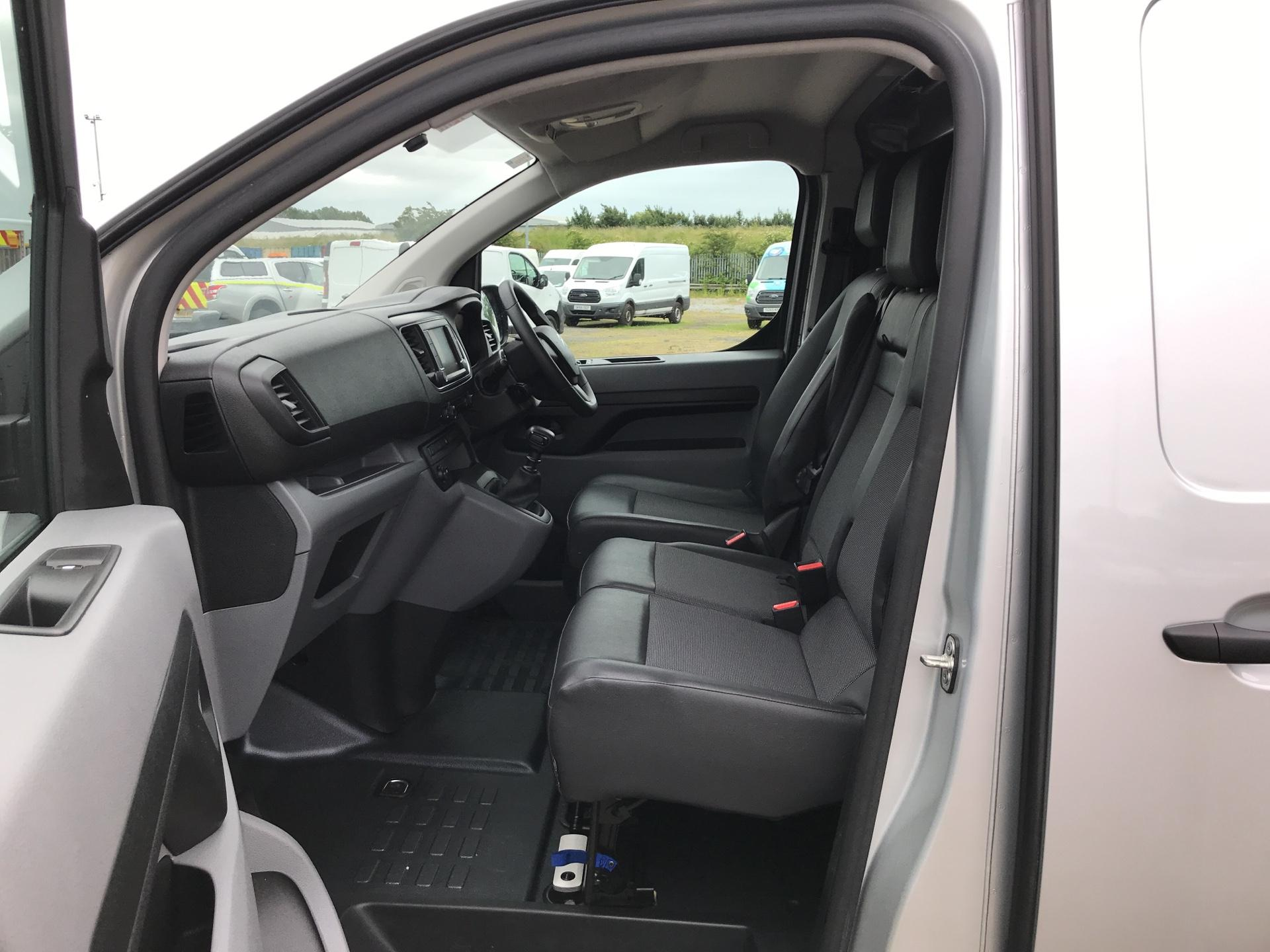 2017 Citroen Dispatch 1400 2.0 BLUE HDI ENTERPRISE 120 VAN (SF17XRT) Image 14