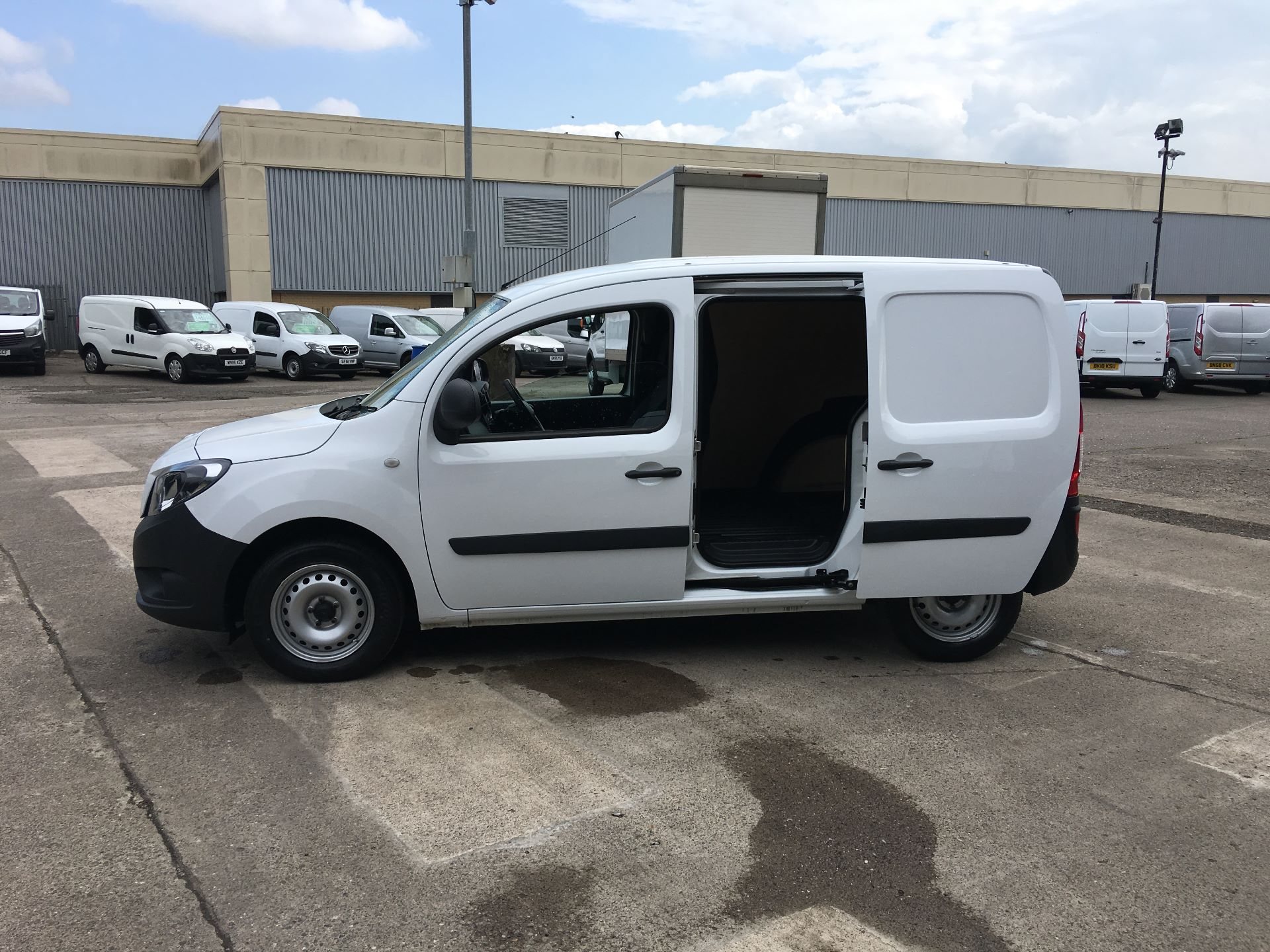 2018 Mercedes-Benz Citan LWB 109 CDI BLUE EFFICIENCY VAN EURO 5/6 (SF18VTT) Image 22