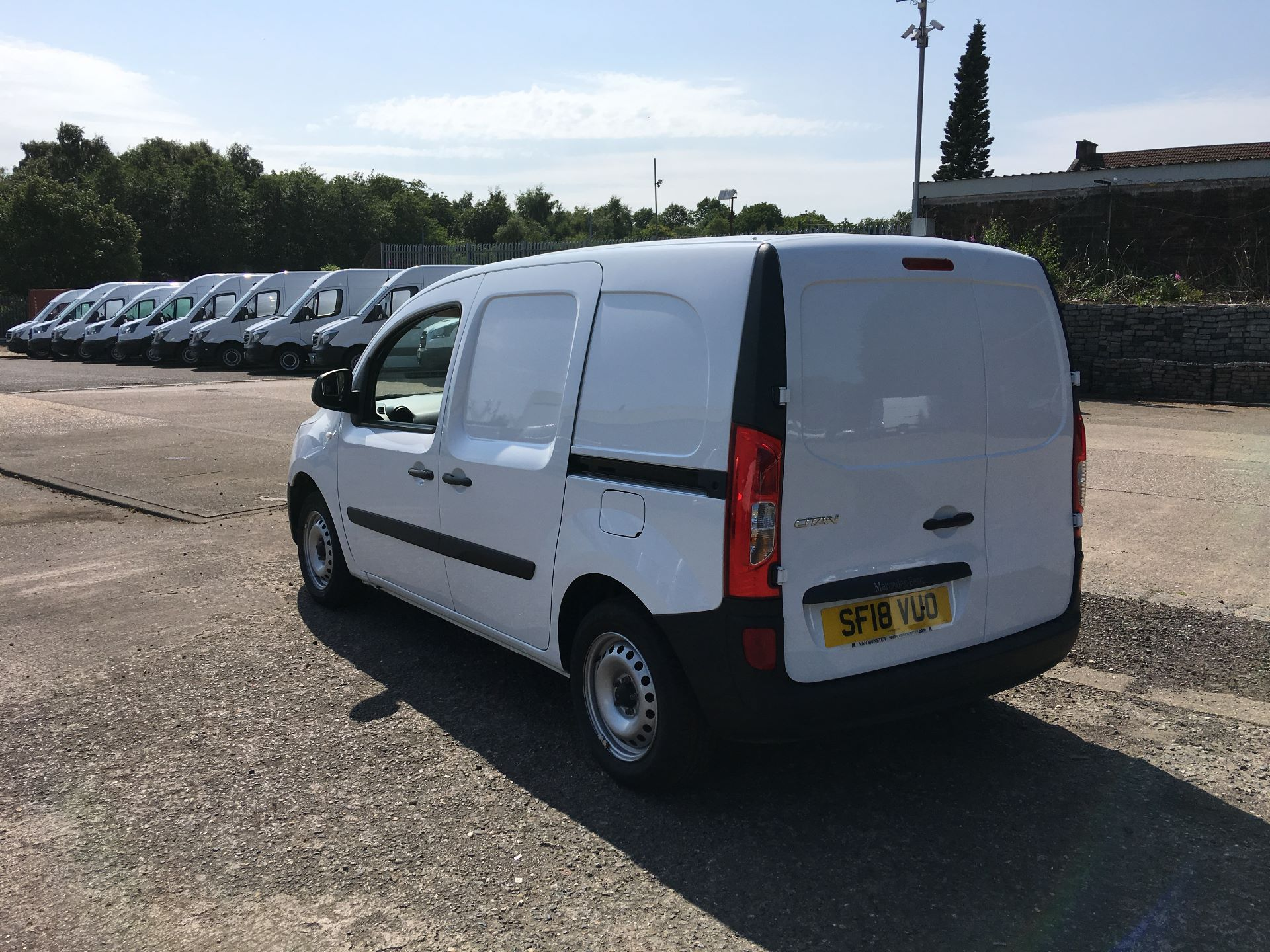 2018 Mercedes-Benz Citan LWB 109 CDI BLUE EFFICIENCY VAN EURO 5/6 (SF18VUO) Image 12