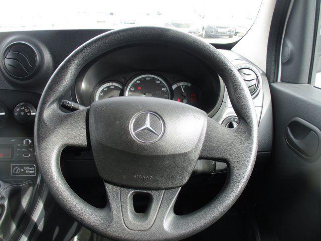 2018 Mercedes-Benz Citan LWB 109 CDI VAN EURO 6 (SF18VXE) Image 17