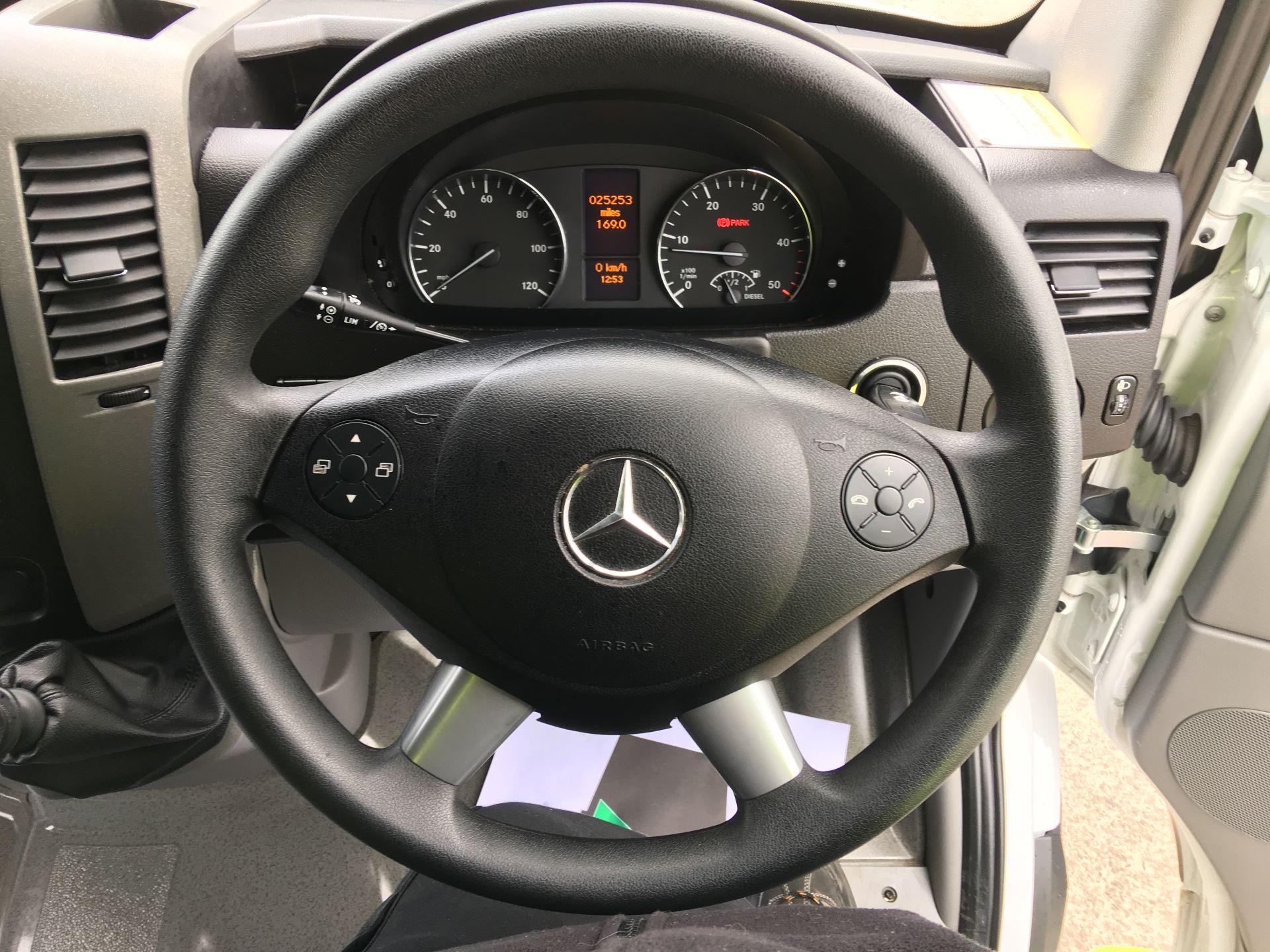 2017 Mercedes-Benz Sprinter 314 CDI LWB HIGH ROOF VAN EURO 6 (SF67ZHN) Image 5