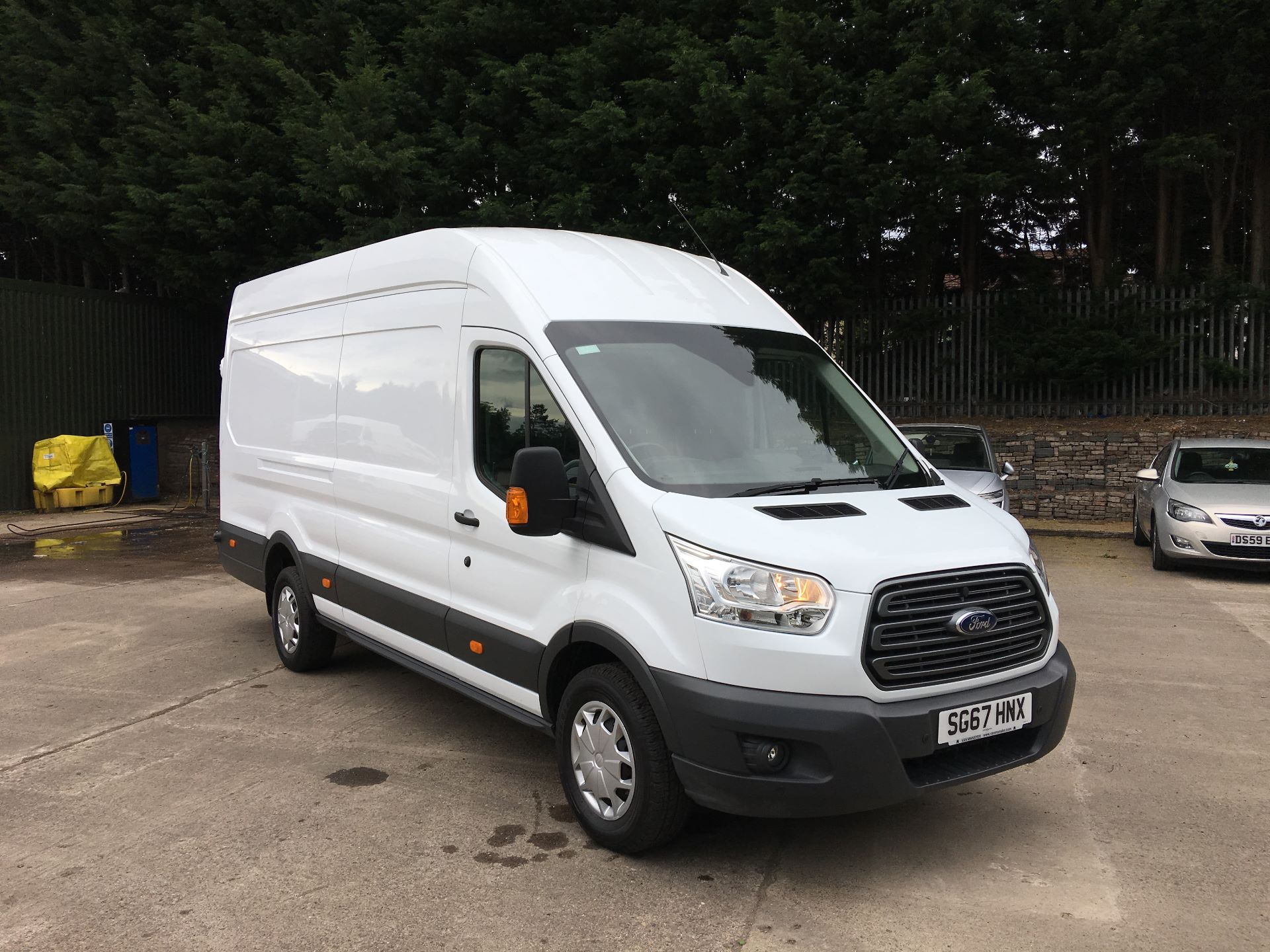 2017 Ford Transit 350 L4 DIESEL RWD 2.0 TDCI 130PS HIGH ROOF EURO 6 JUMBO (SG67HNX)