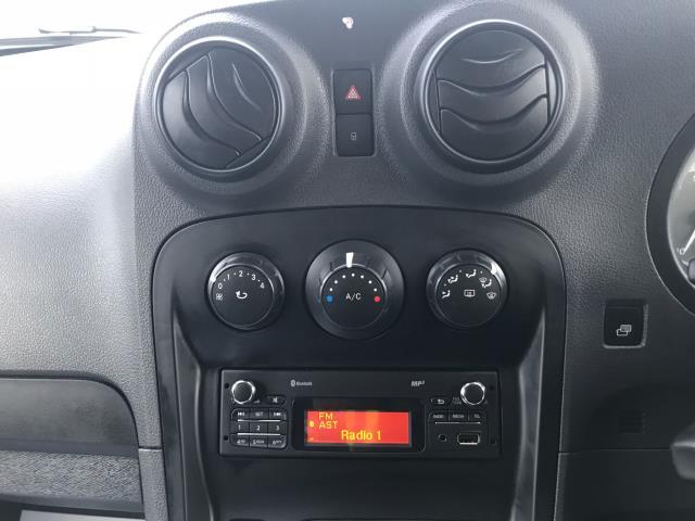2017 Mercedes-Benz Citan  LWB 109 CDI VAN EURO 6 (SH67FKX) Image 28