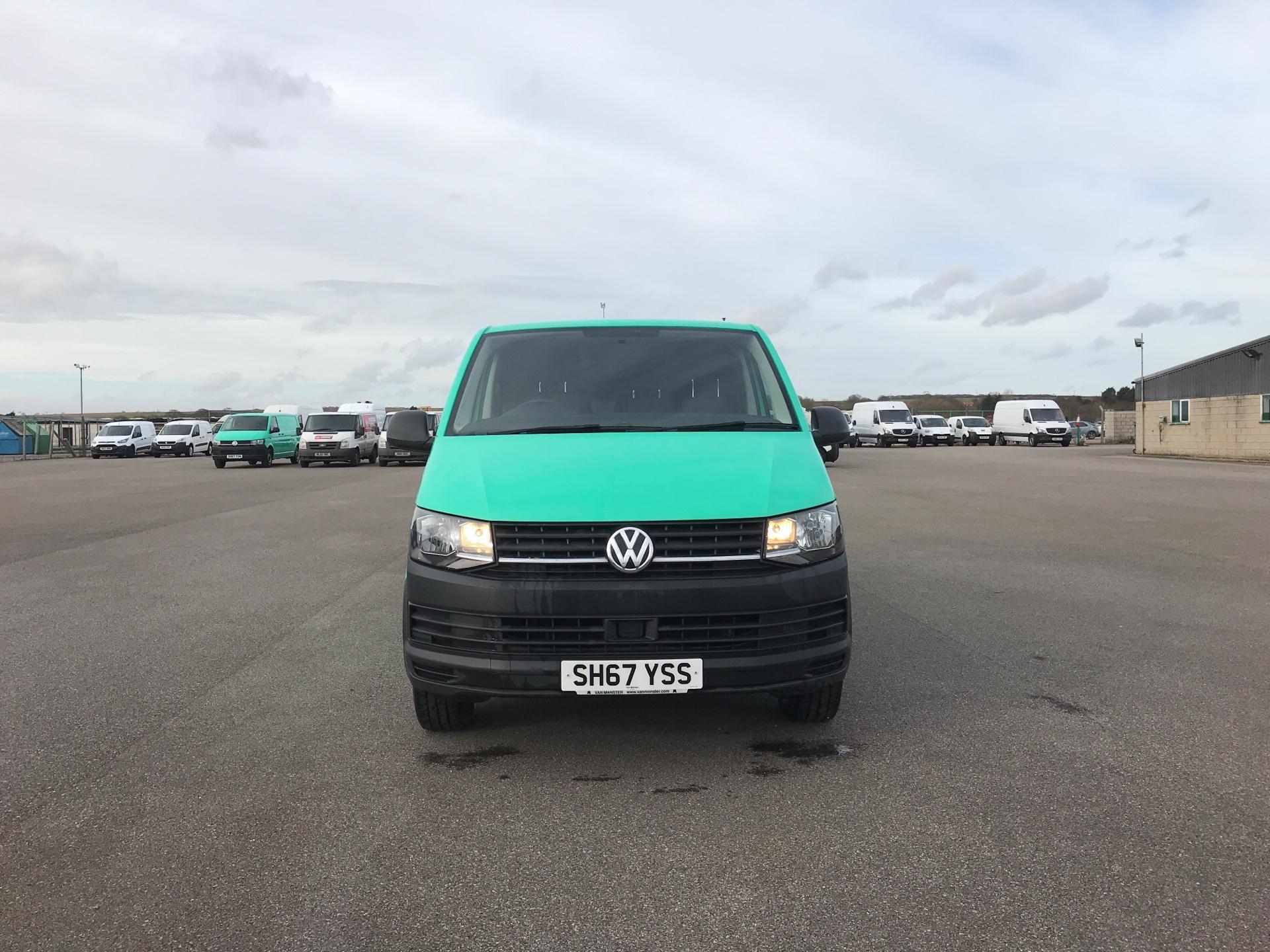 2017 Volkswagen Transporter T28 LWB DIESEL 2.0 TDI BMT 84 STARTLINE VAN EURO 6. AIR CON (SH67YSS) Image 8