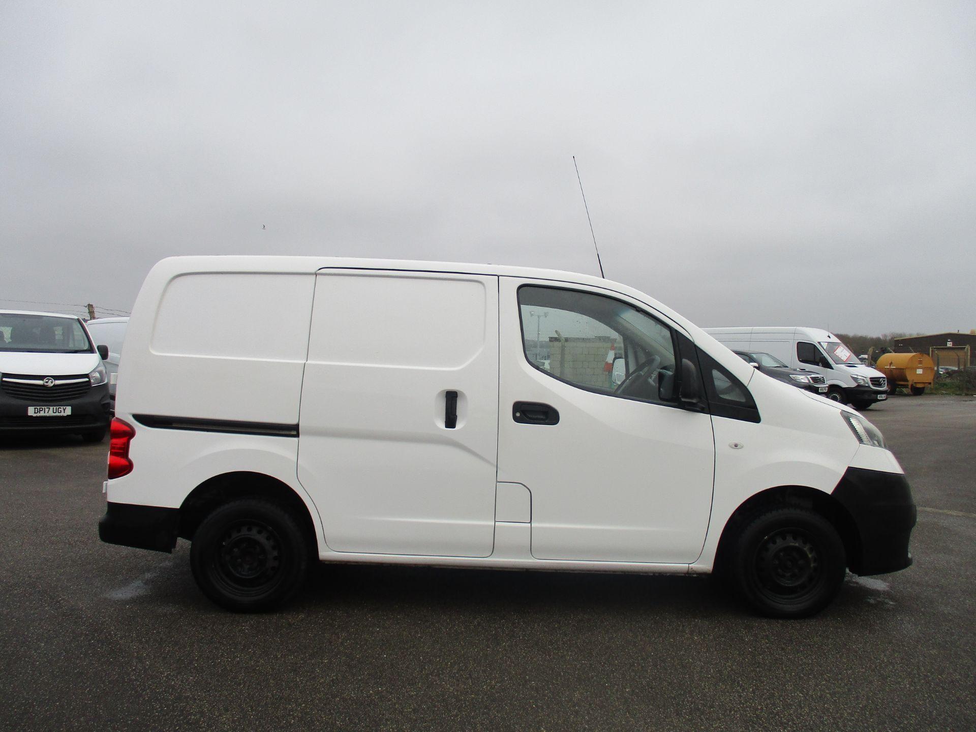 2014 Nissan Nv200 1.5 DCI ACENTA EURO 5 (SJ14YBR) Image 4