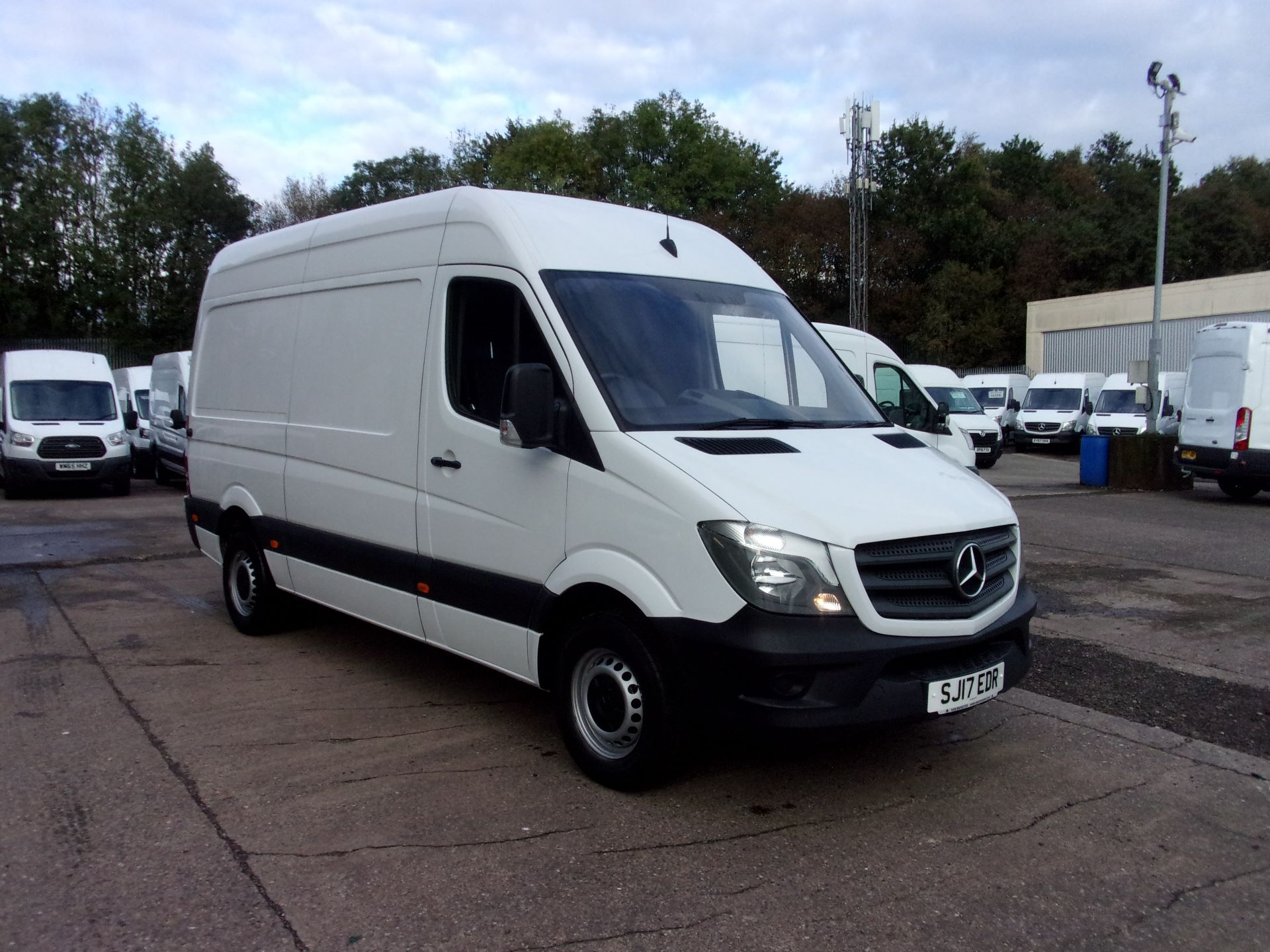 2017 Mercedes-Benz Sprinter 314 CDI MWB HIGH ROOF EURO 6 (SJ17EDR)