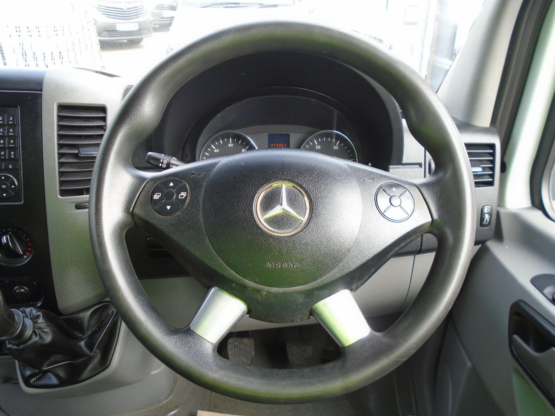 2017 Mercedes-Benz Sprinter 3.5T Van (SJ17EDU) Image 23