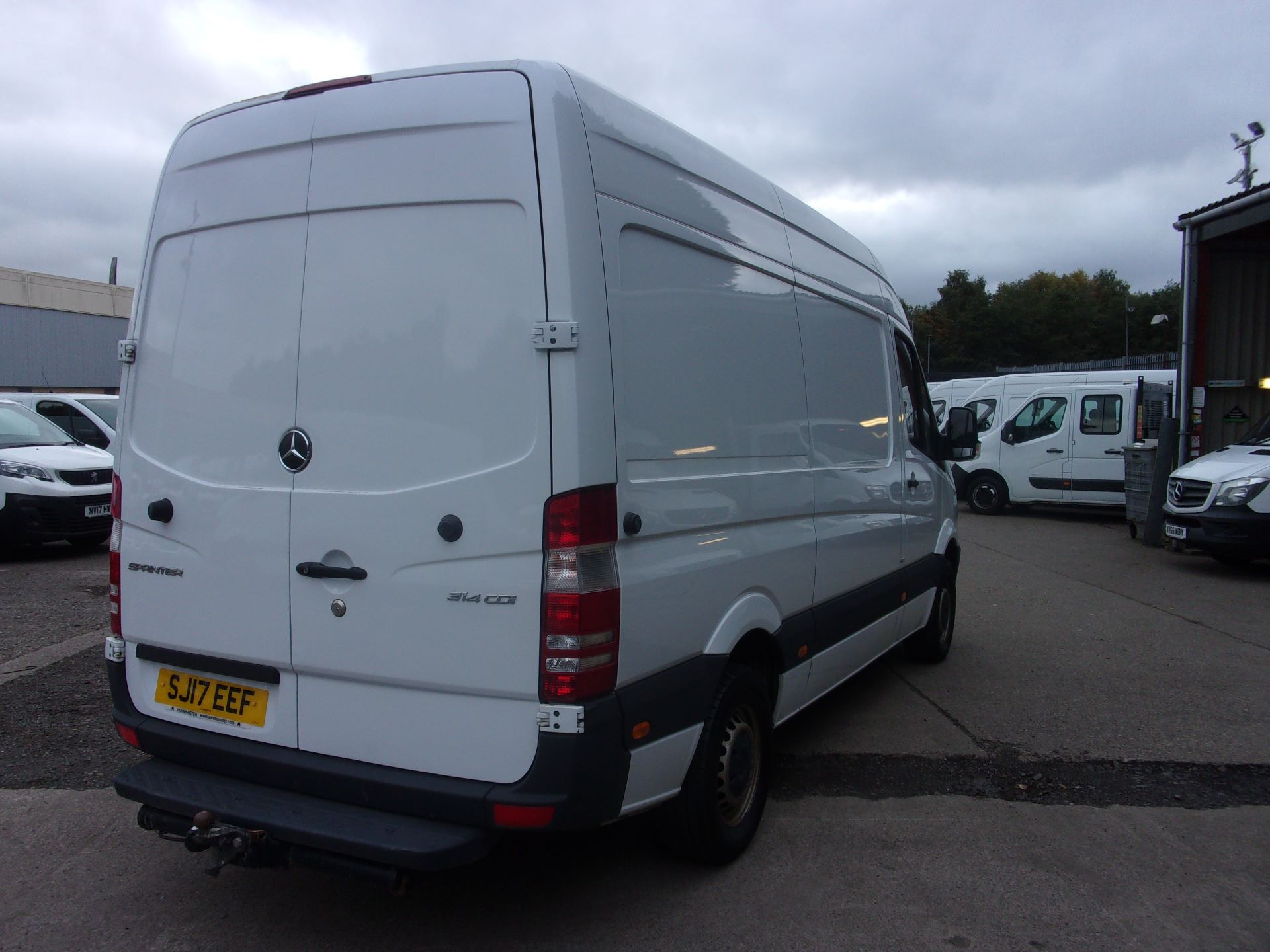 2017 Mercedes-Benz Sprinter 314 CDI MWB HIGH ROOF EURO 6 (SJ17EEF) Image 9
